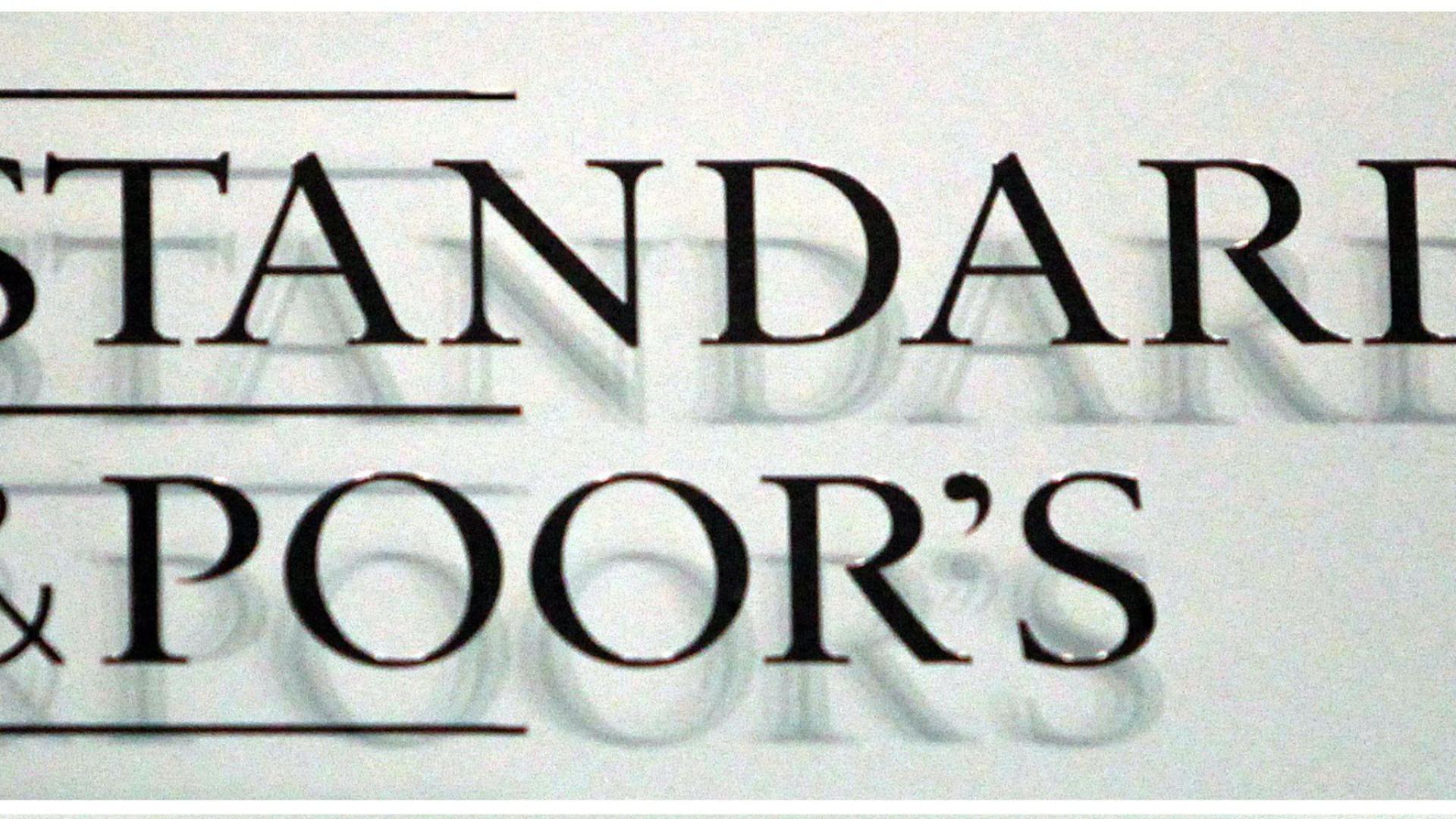 Standard & Poor's mantém 'rating' de Angola em B-