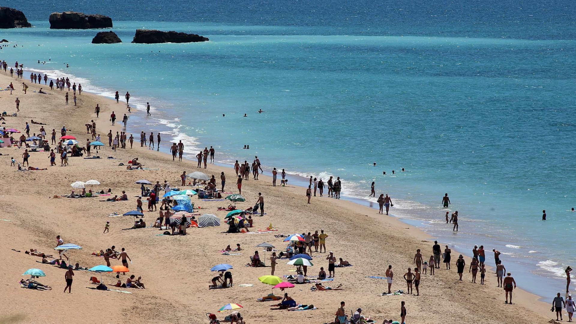 """Portugal tem 390 praias com """"Qualidade de Ouro"""" para a época balnear"""