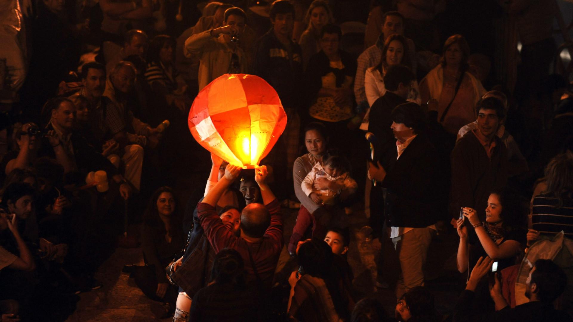 Proibido lançar balões de São João no Porto