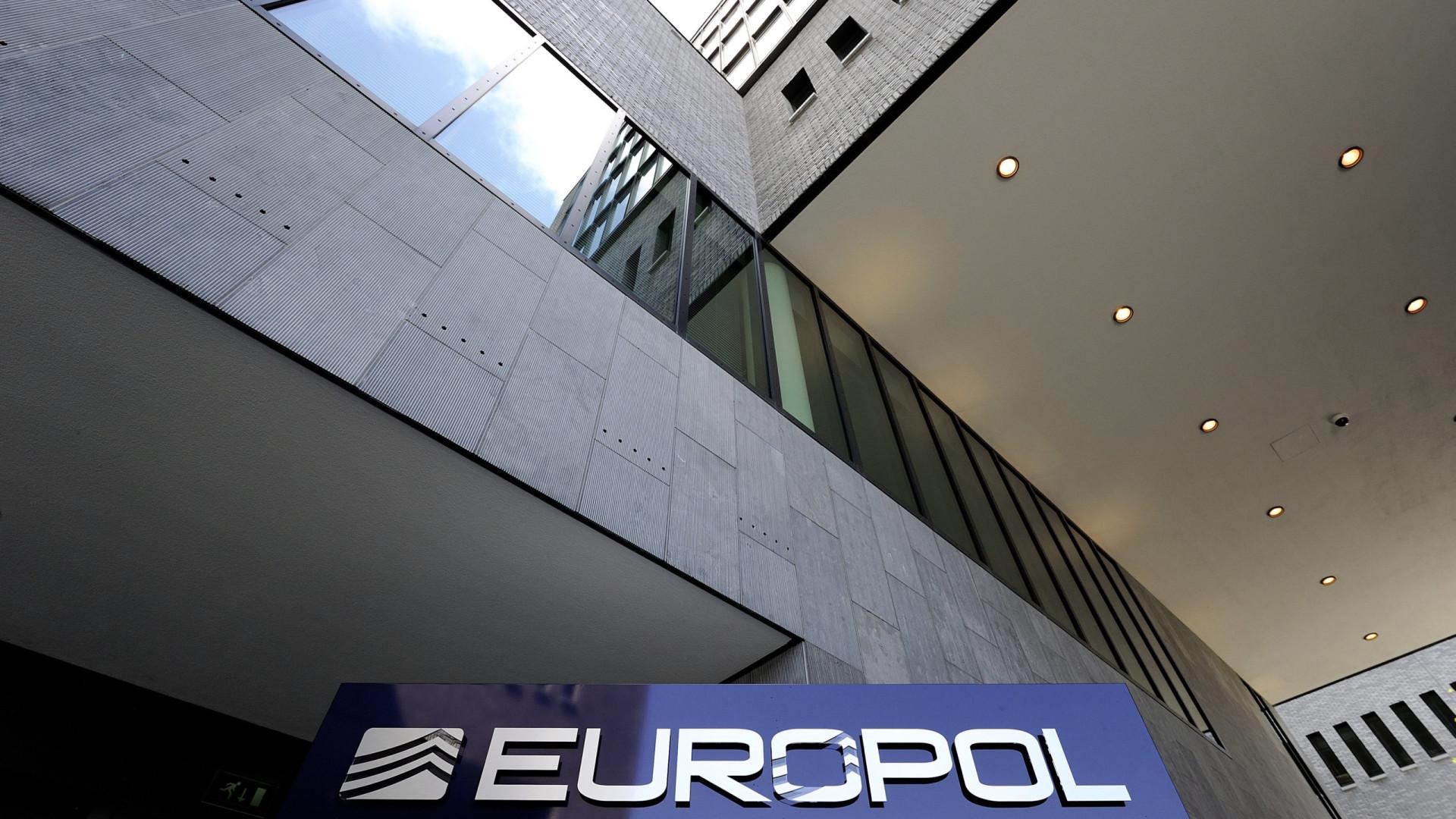 Europol detém mais de 300 criminosos membros de bandos organizados