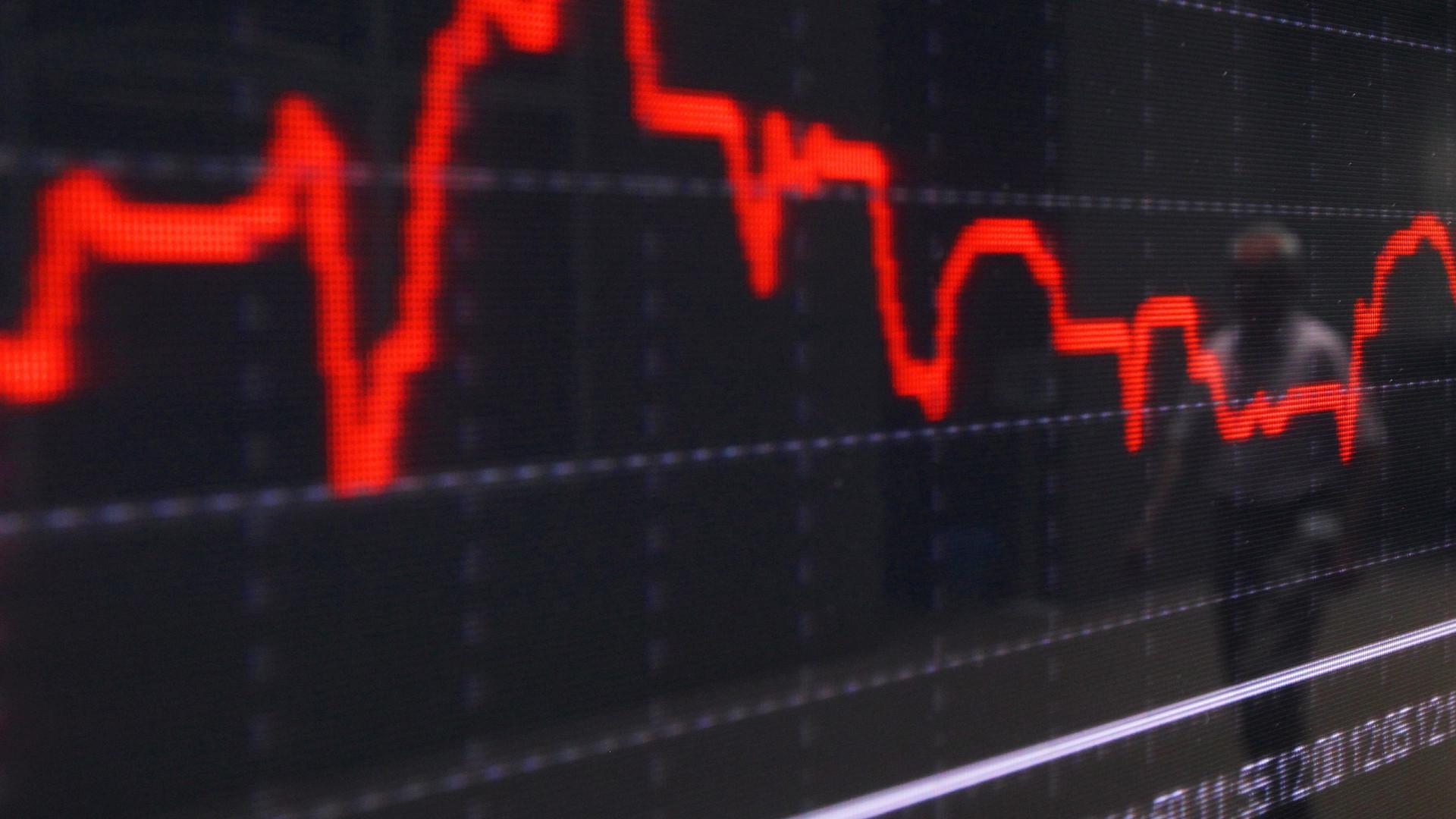 Bolsa de Xangai abre a perder 0,2%