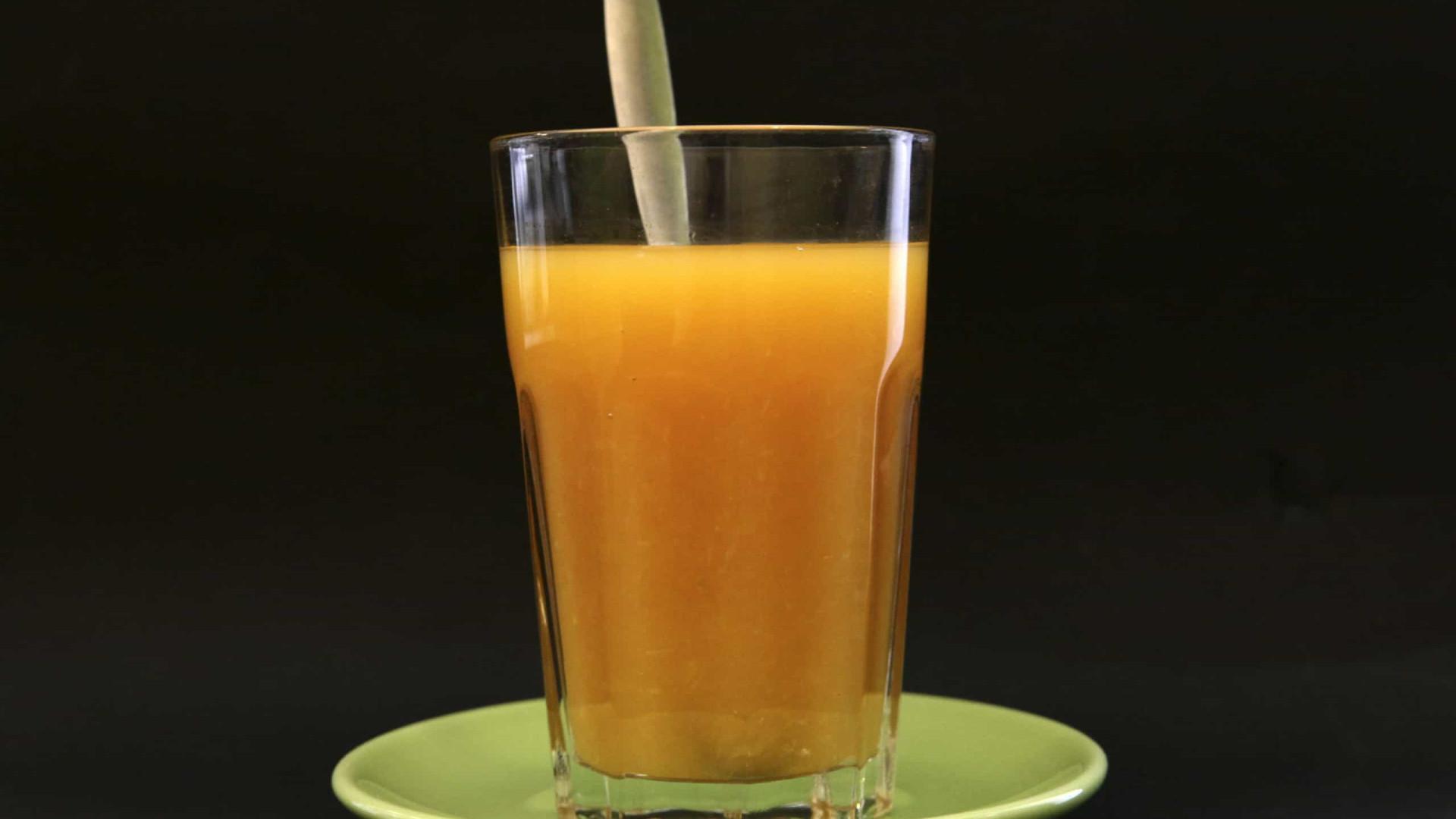 Bruxelas ameaça com taxas sobre sumo de laranja e manteiga de amendoim