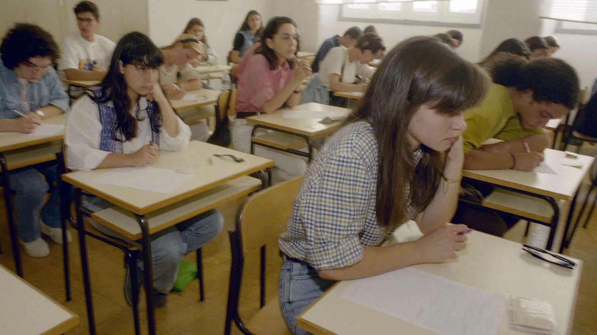 Mais alunos vão estudar depois do 12.º ano e menos optam por ir trabalhar