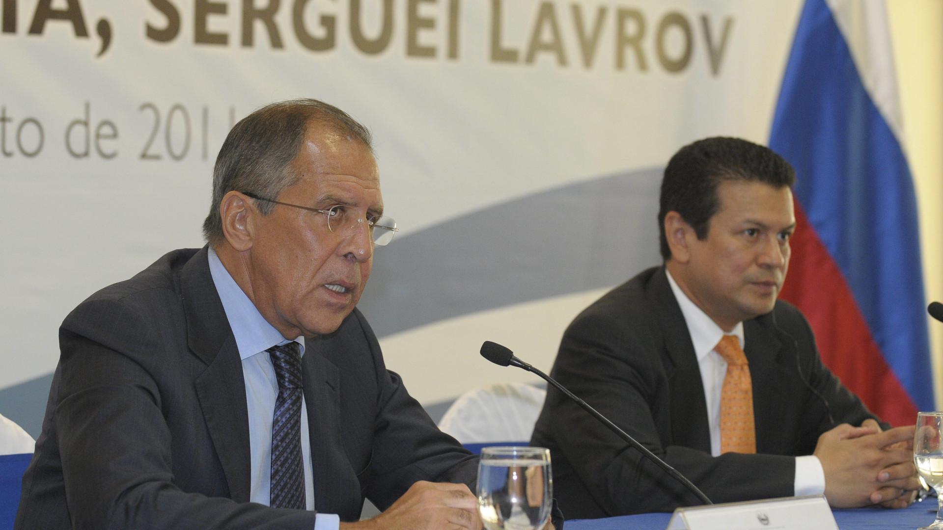 """Lavrov adverte Pompeo contra qualquer """"recurso à força"""" na Venezuela"""
