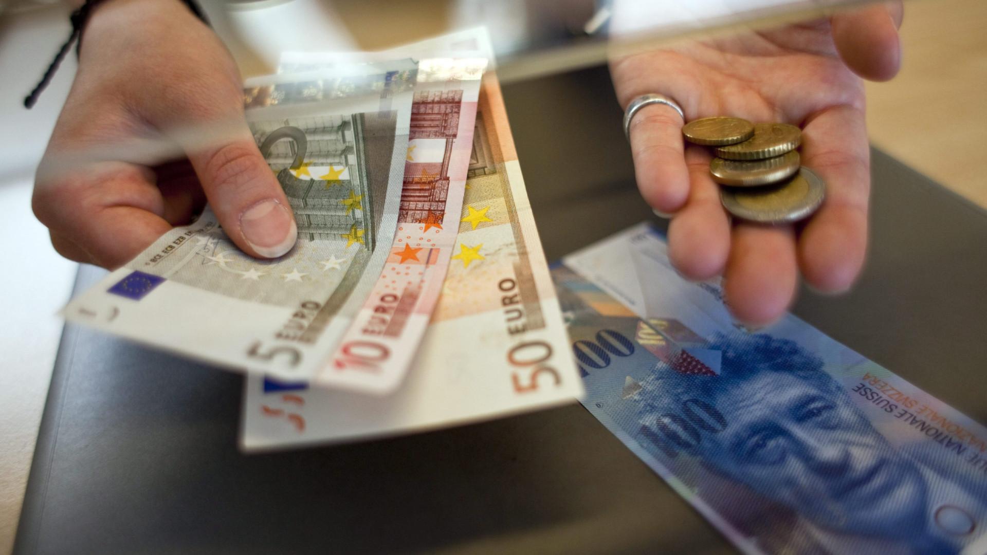 Remessas dos emigrantes subiram 15,6% para quase 300 milhões de euros
