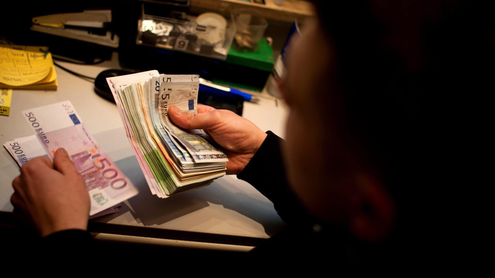 Limite de reembolso de IVA para viajantes sobe para 75 euros em janeiro