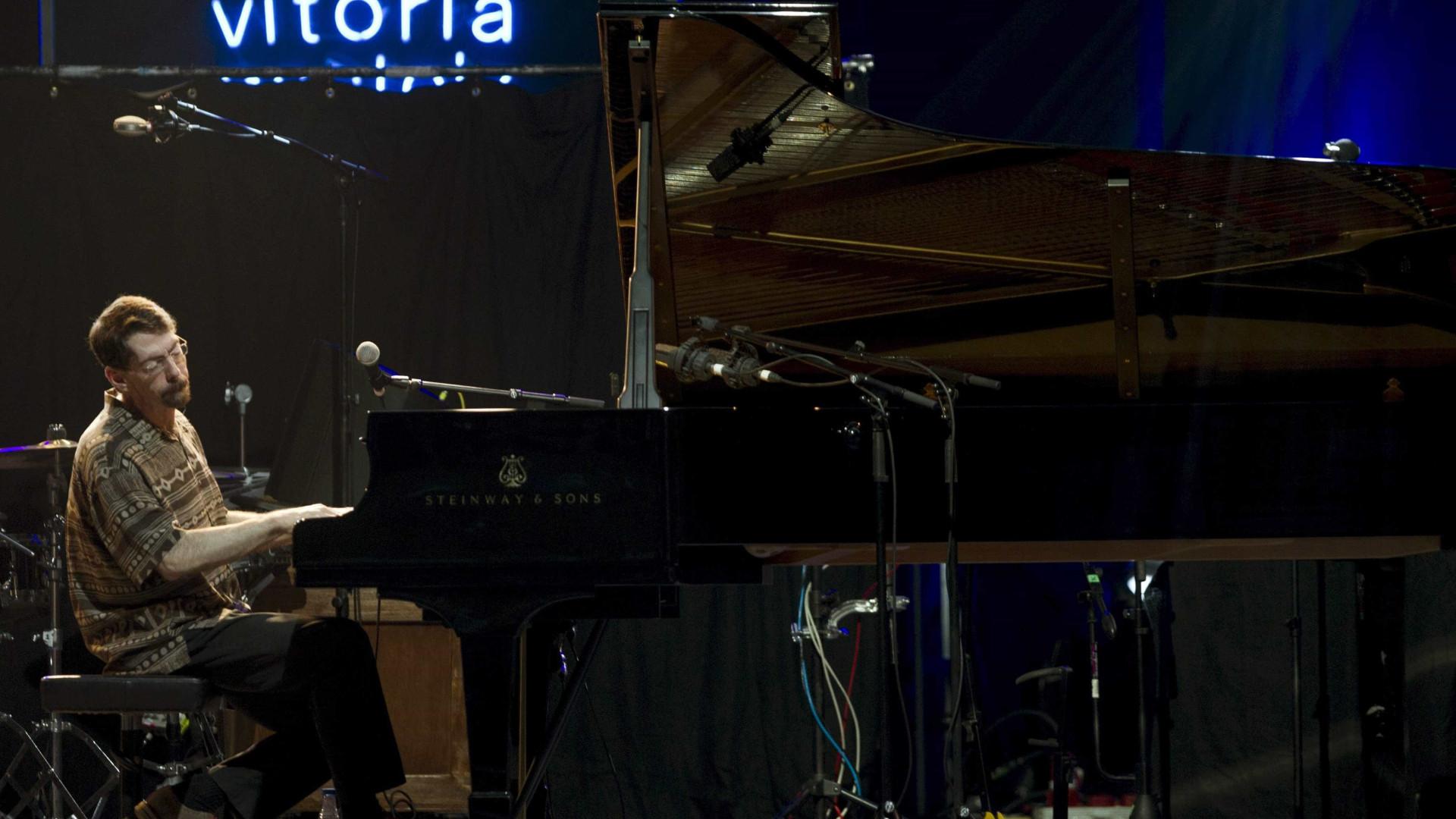 """Casa da Música recebe """"pianista de jazz do ano"""", Fred Hersch"""