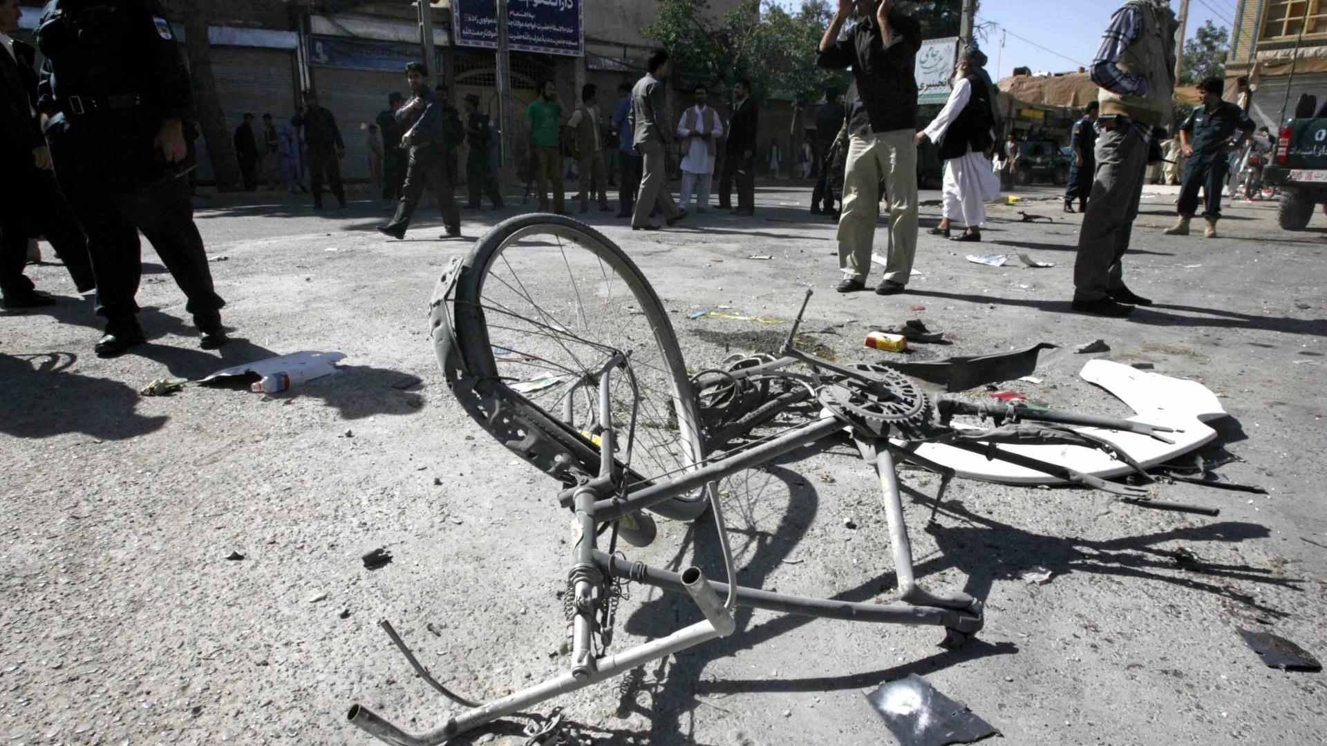 Atentado no sudeste do Afeganistão provoca pelo menos quatro mortes