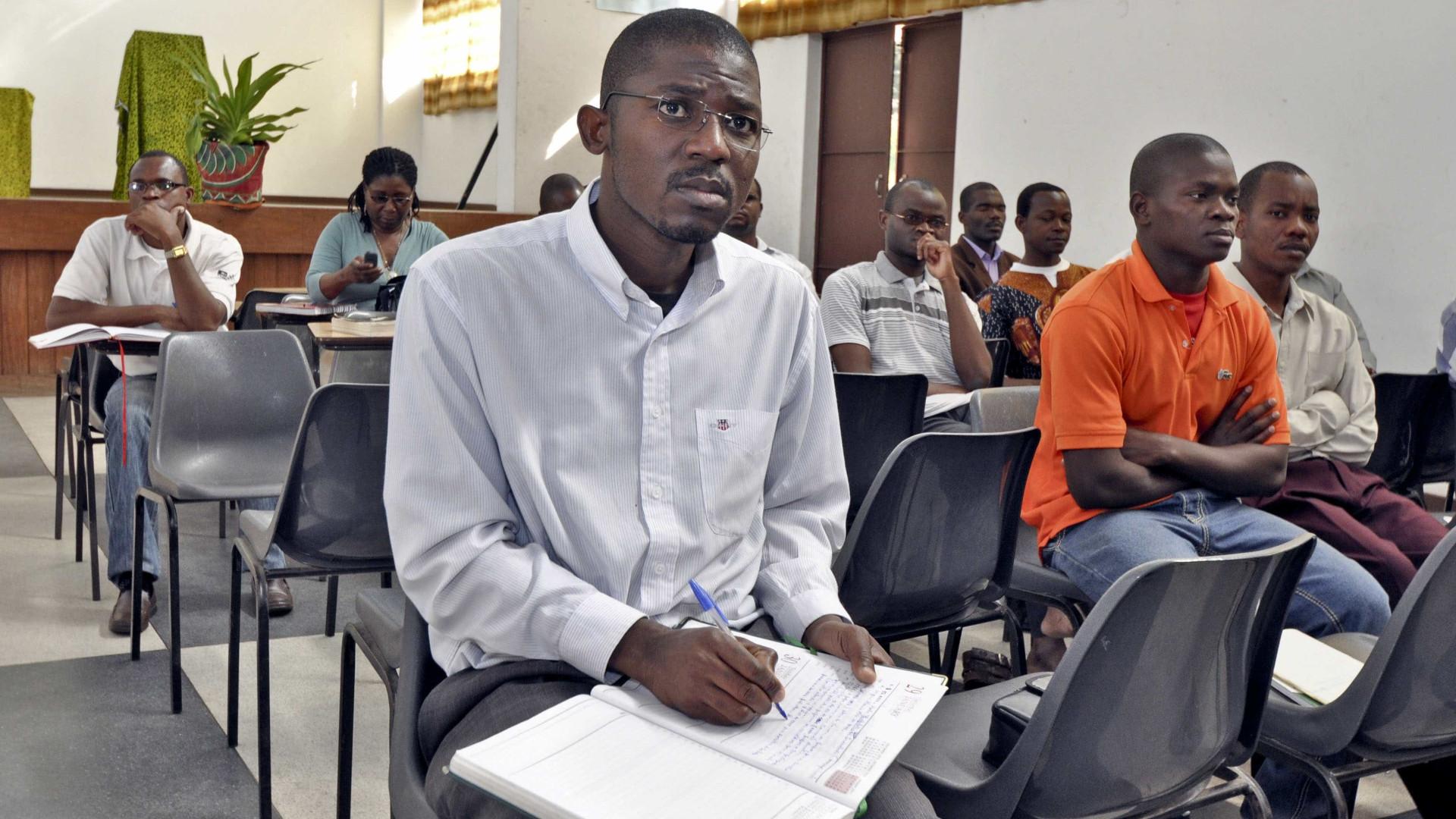 Resultado de imagem para ensino superior em moçambique