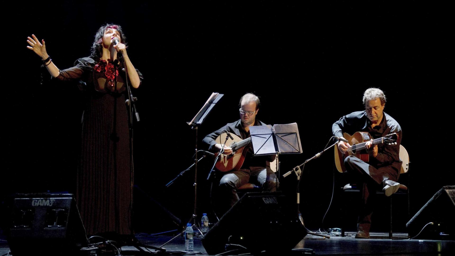 Mísia celebra 25 anos de carreira no Teatro Trindade