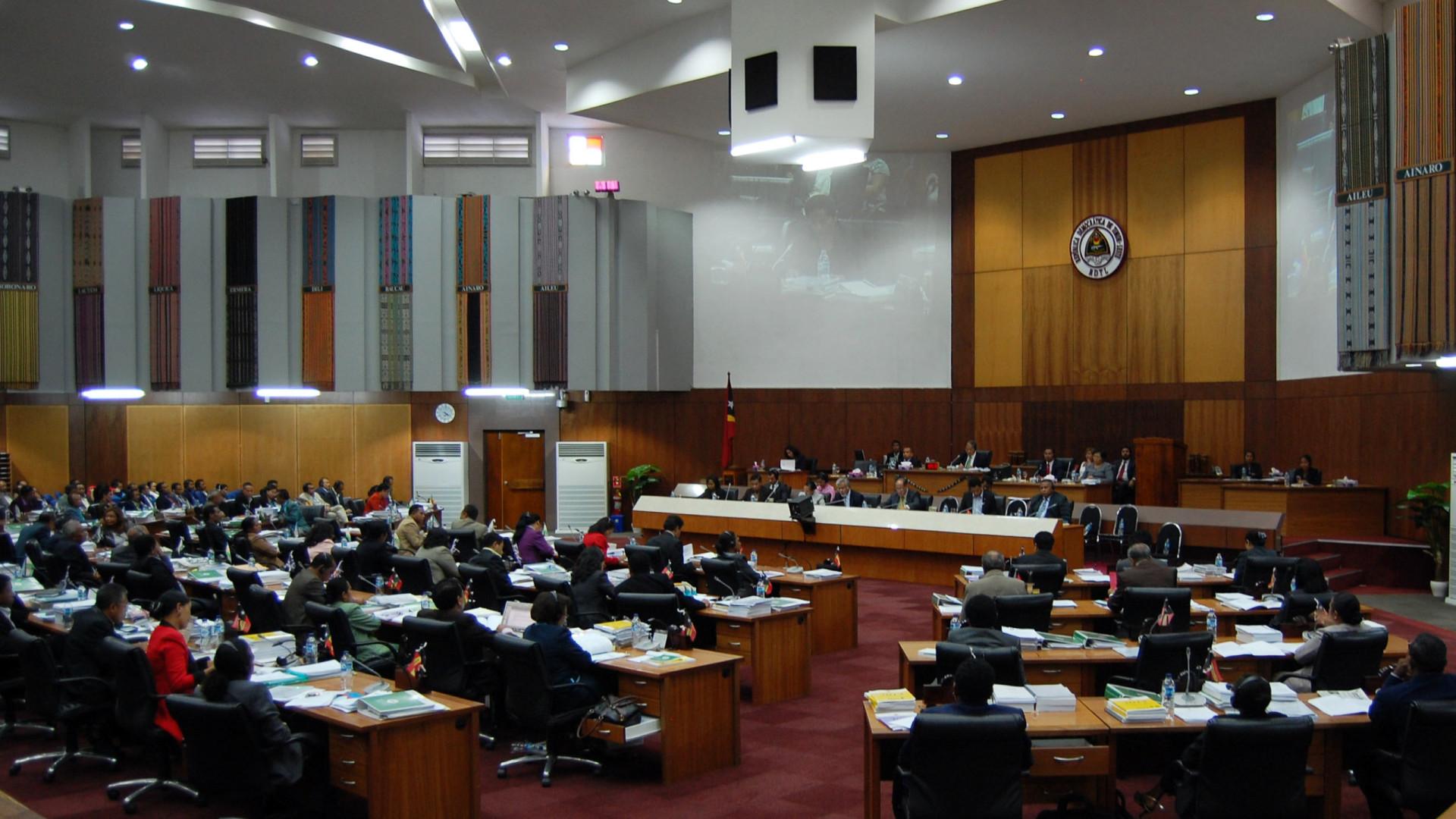 Parlamento timorense com mais de 30 diplomas pendentes na reta final
