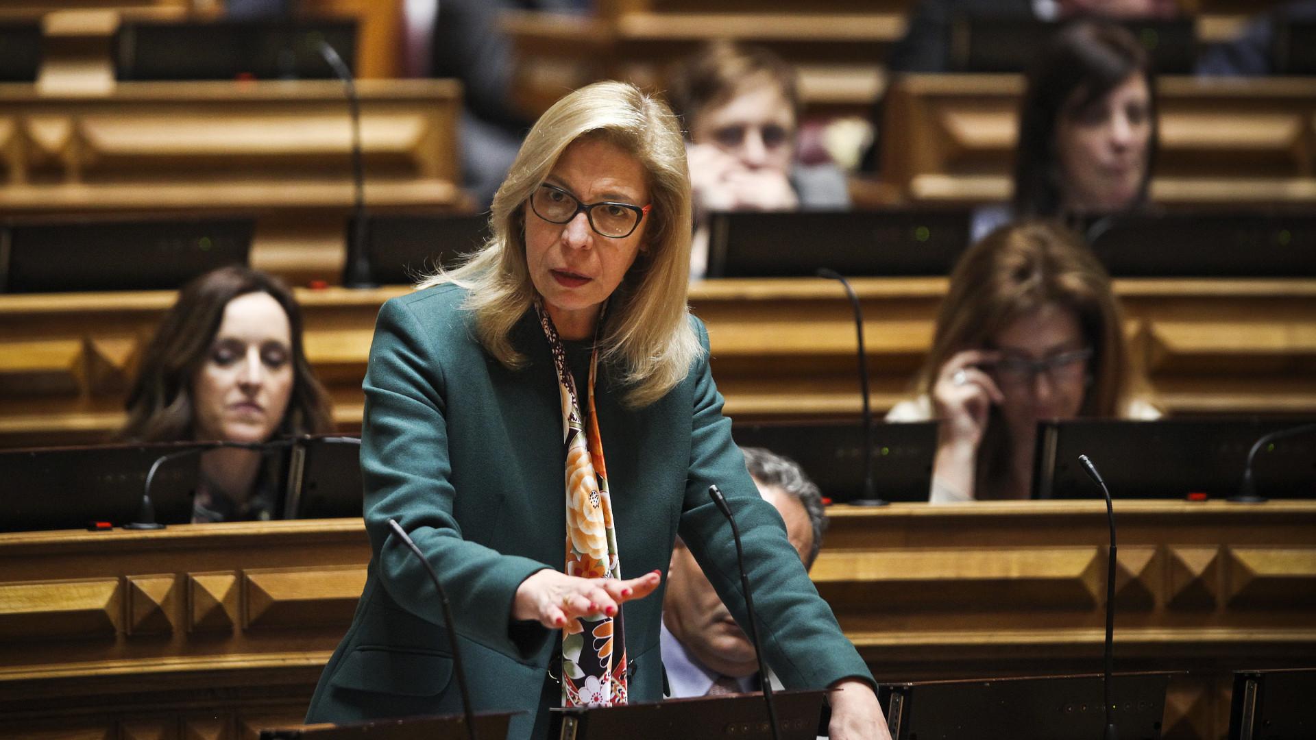 Deputada do PSD que assinou presença por Barreiras Duarte pede demissão