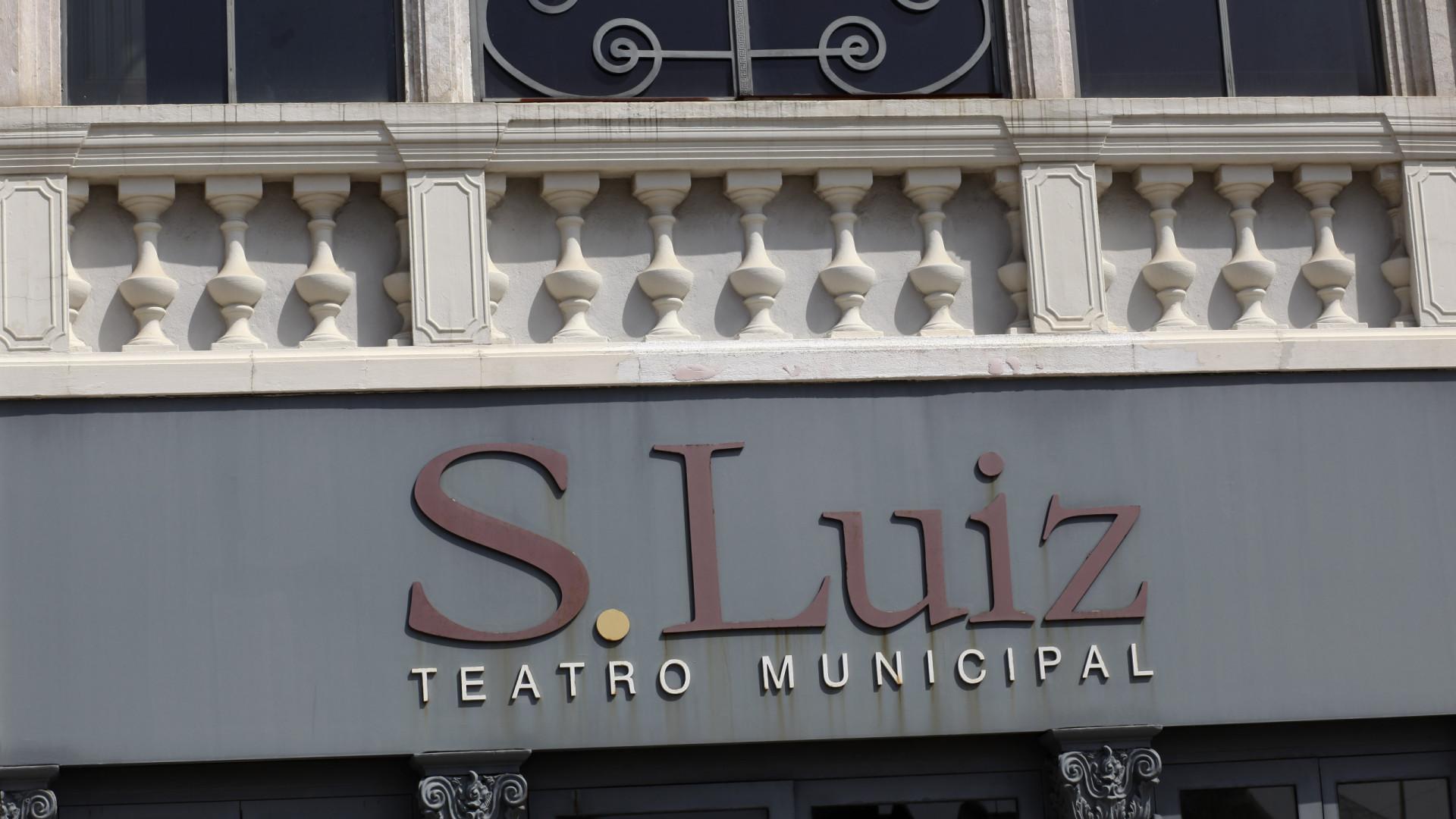 'O céu não é um pano de fundo' no Teatro S. Luiz em Lisboa