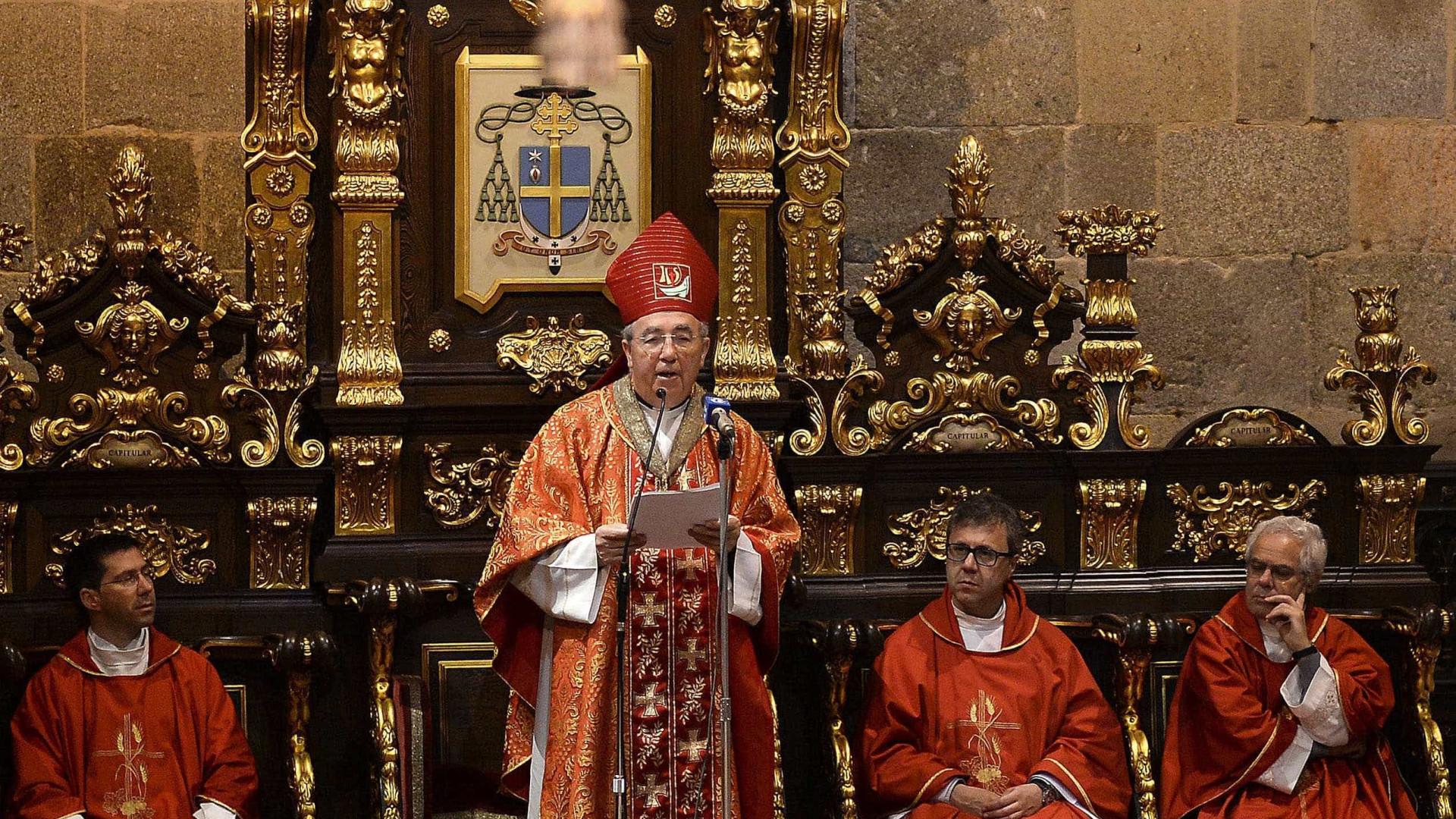 """Arcebispo critica """"totalitarismo do Estado"""" nos contratos de associação"""