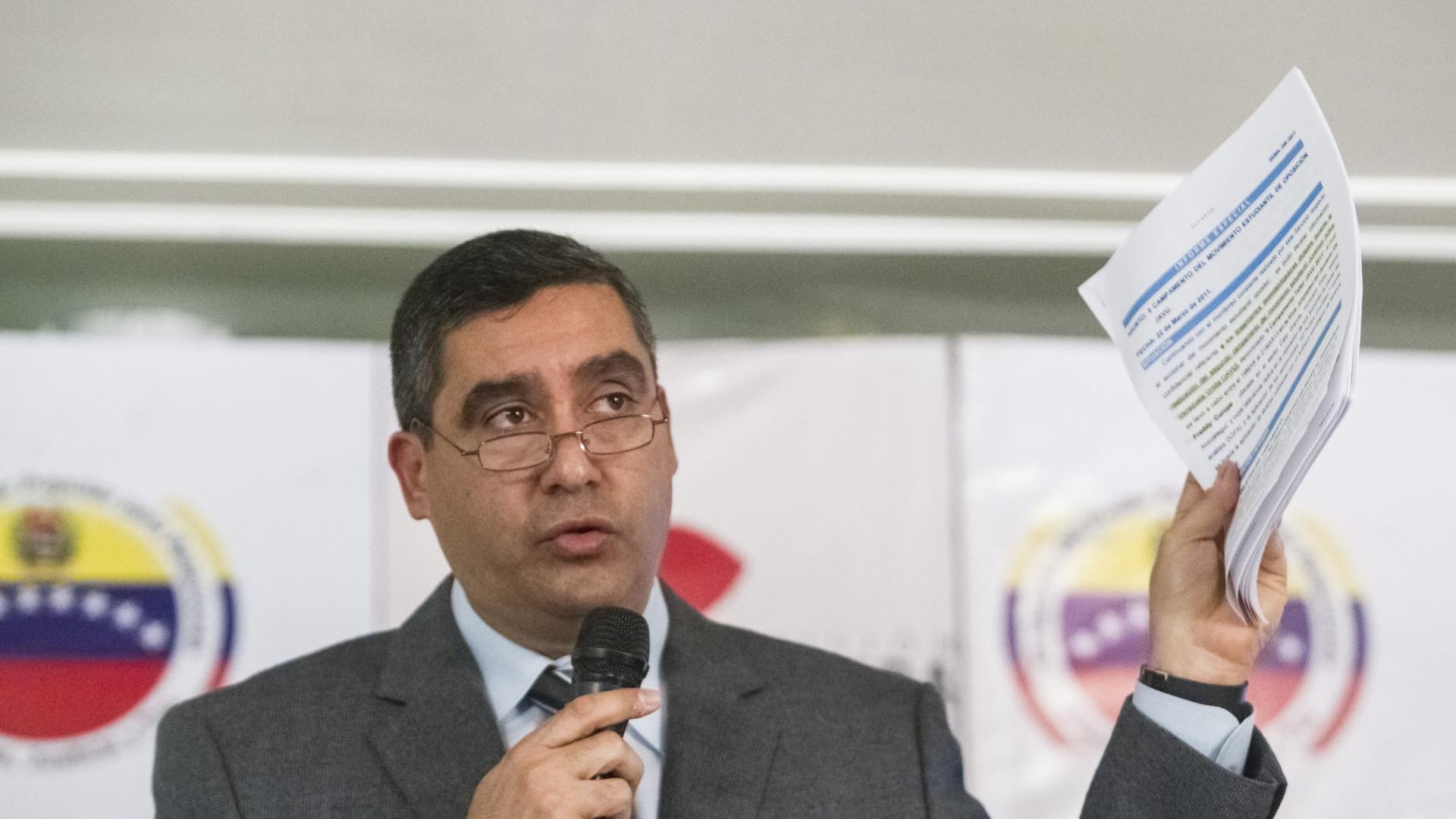 Serviços secretos detiveram ex-ministro venezuelano