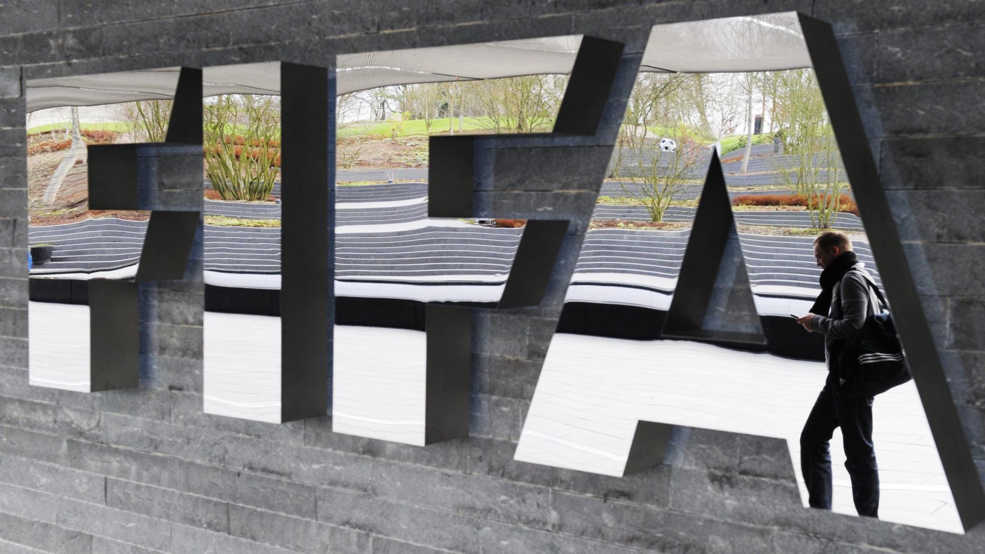 FIFA afasta árbitro ganês de forma vitalícia por influenciar resultado