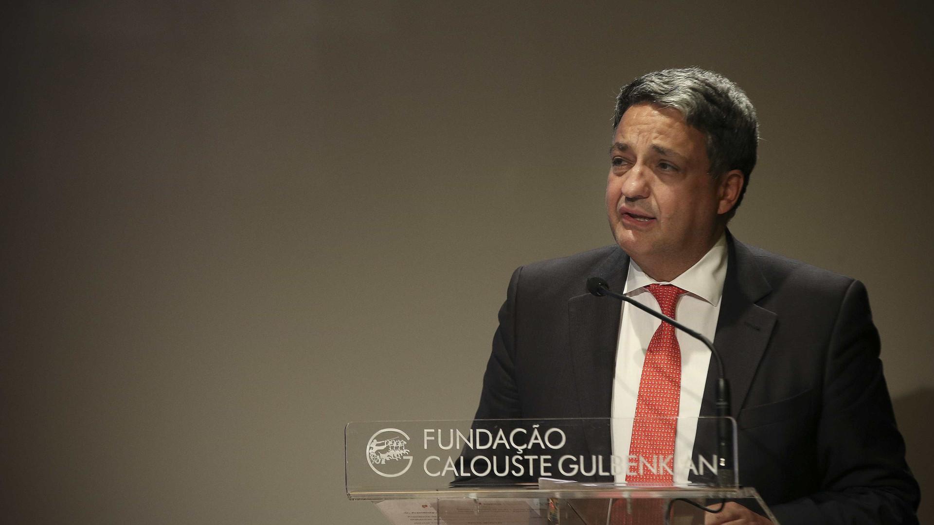 """CGD: Governo """"está a trabalhar"""" com Paulo Macedo para formar nova equipa"""