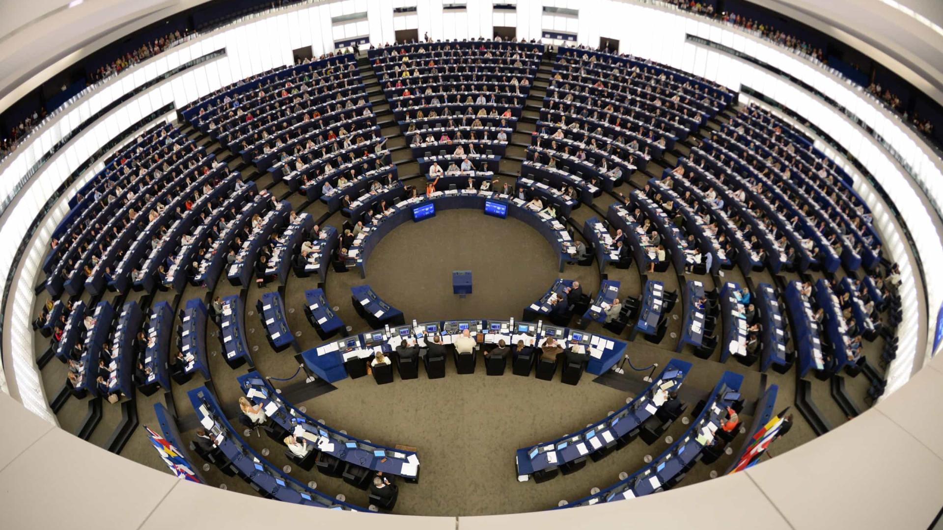 Bruxelas quer proteger eleições europeias de interferências externas