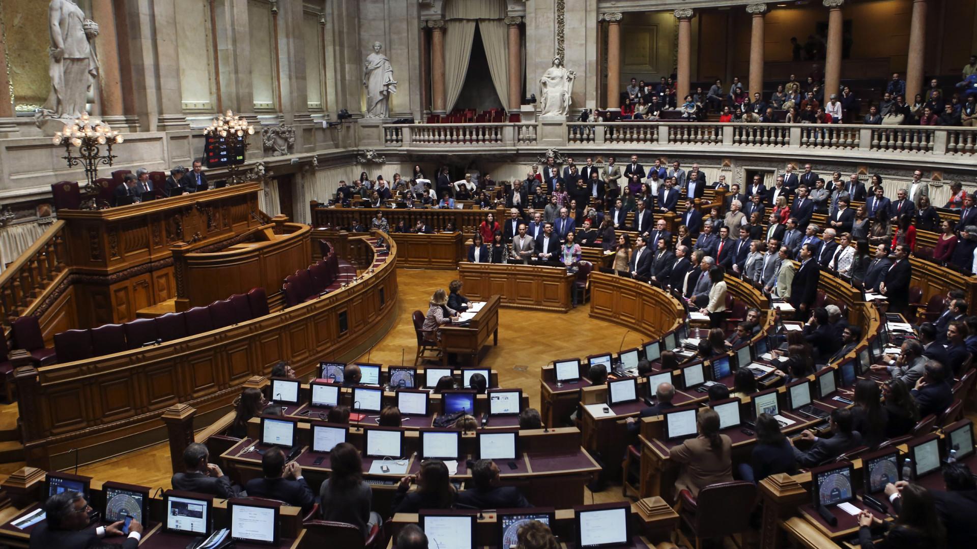 PS e Bloco anunciam acordo para combate à precariedade laboral
