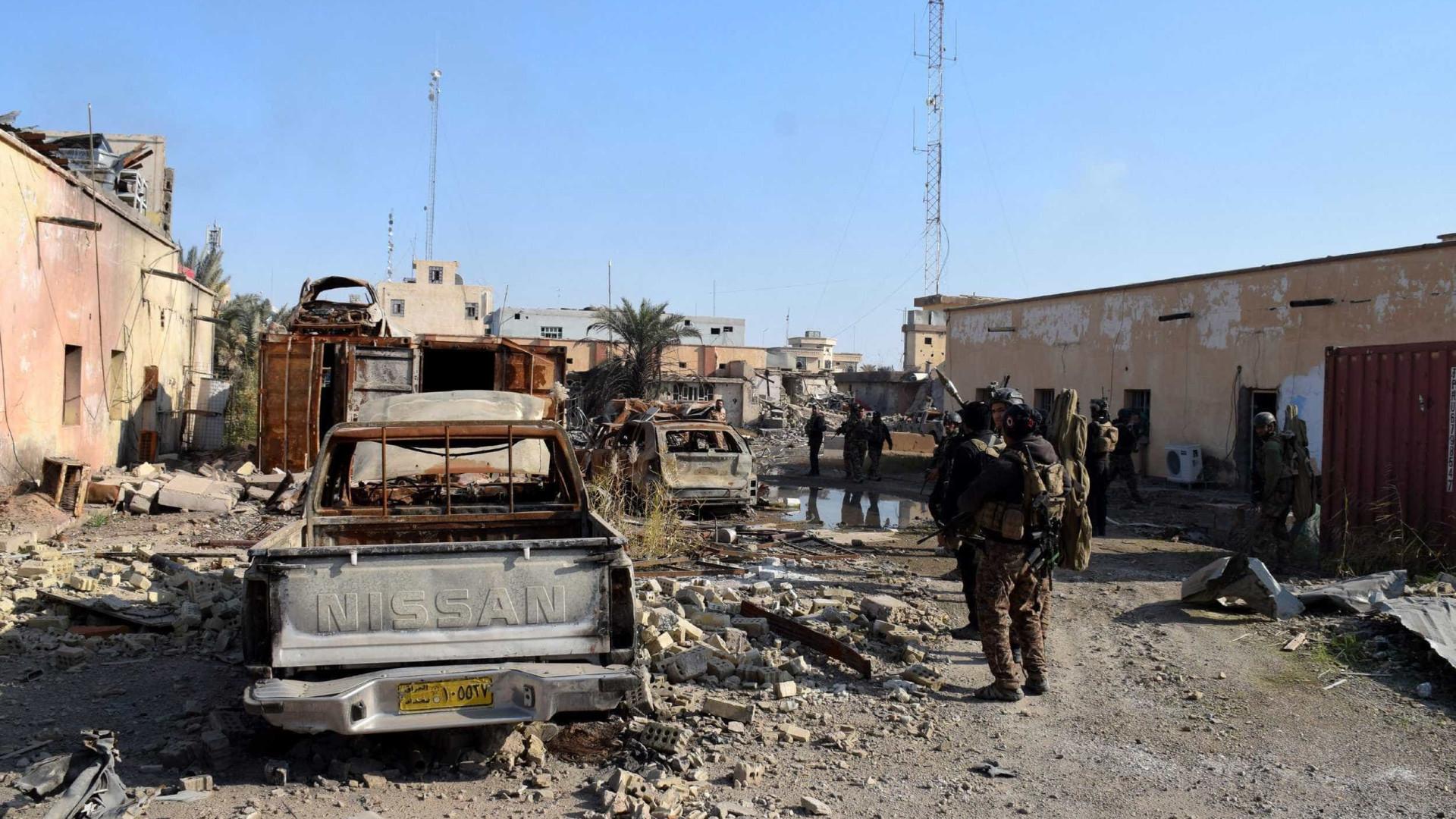 Quinze jihadistas do Daesh e três militares iraquianos morrem em combates