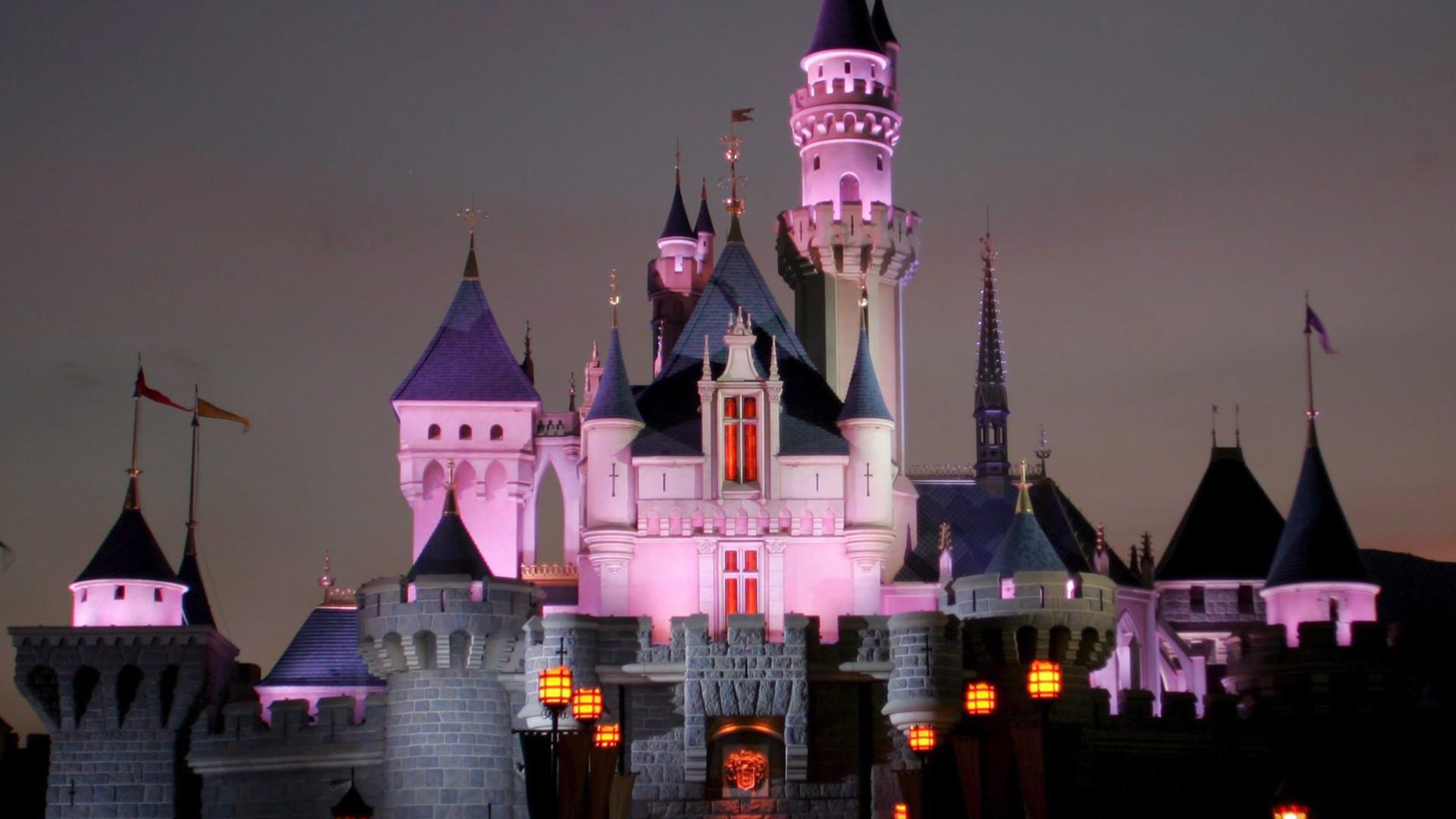 Disney lucra quase nove mil milhões em nove meses