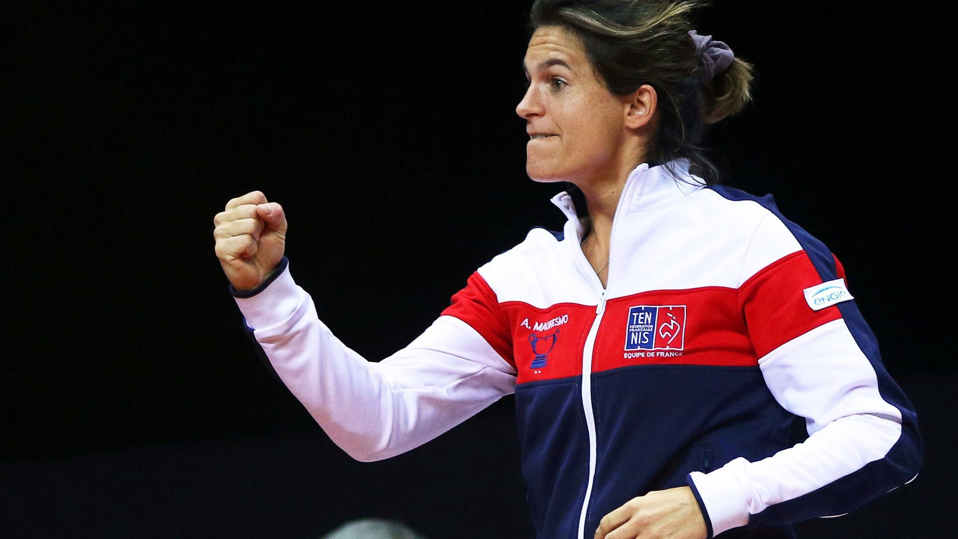 Amélie Mauresmo deixa seleção francesa da Taça Davis para treinar Pouille