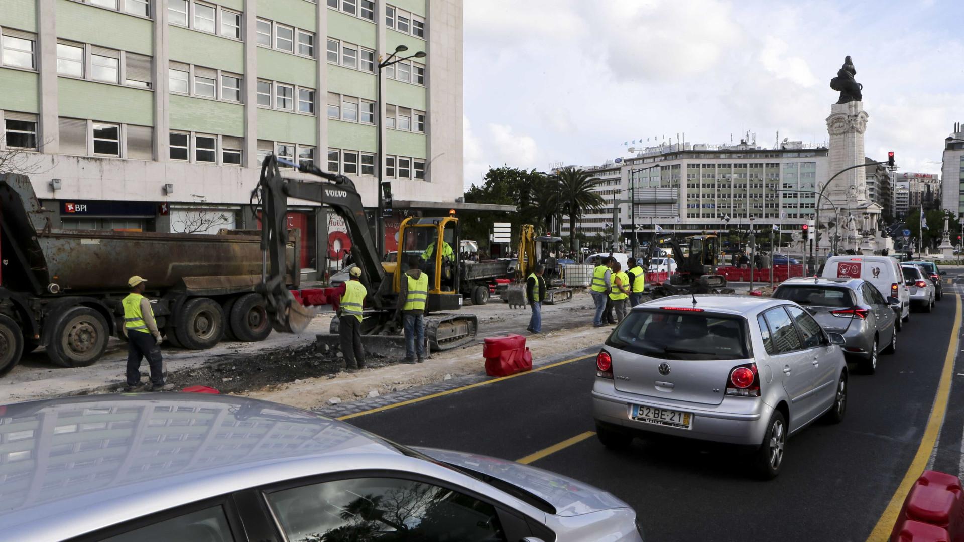 Oposição em Lisboa critica coincidência de obras e fala em eleitoralismo