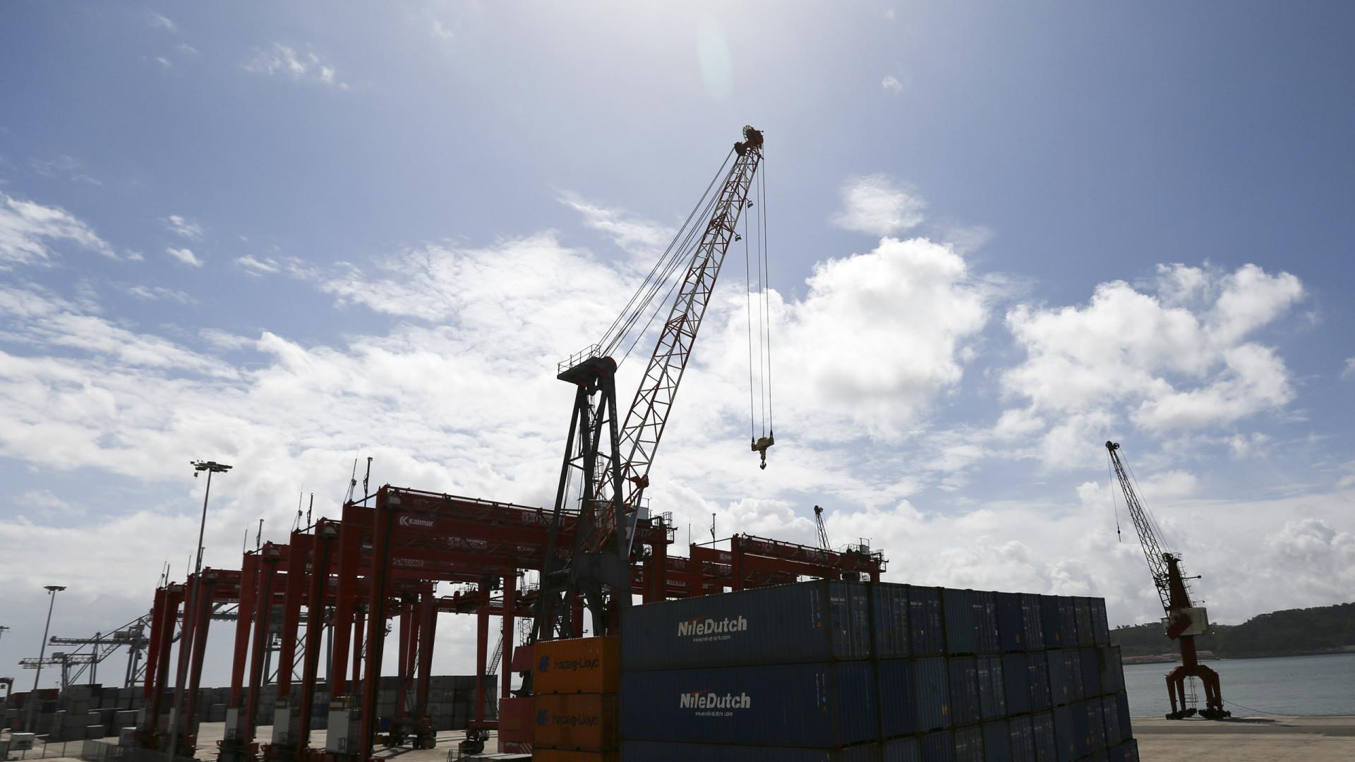 Sindicato anuncia acordo e suspende greve no porto do Caniçal