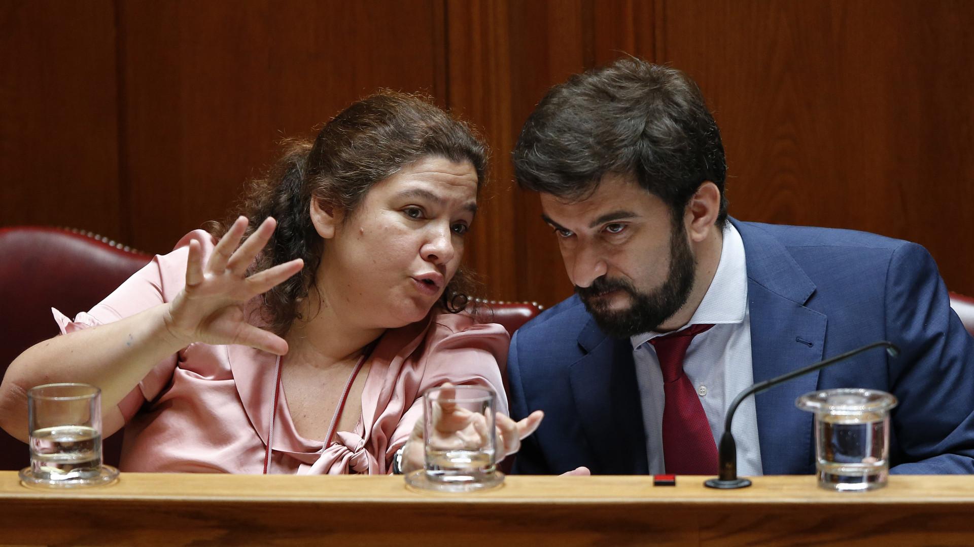 """Ministério diz que """"tem negociado"""" com docentes e desvaloriza apelo do BE"""