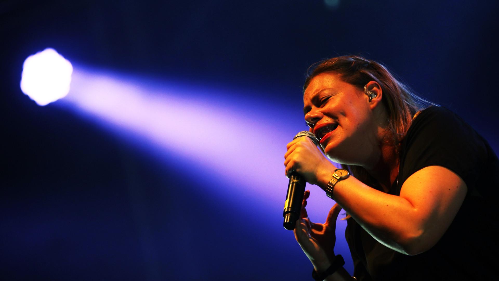 Rapper Capicua traça uma diagonal sobre a carreira em concerto