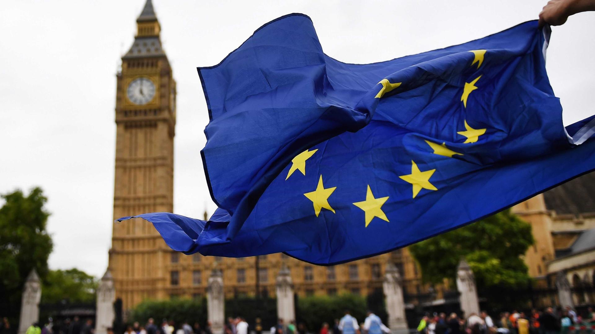 Banco de Inglaterra diz que 'Brexit' já não é principal ameaça
