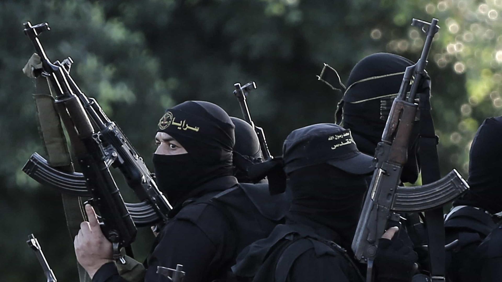 Pelo menos 38 jihadistas mortos e 526 detidos em operação antiterrorista