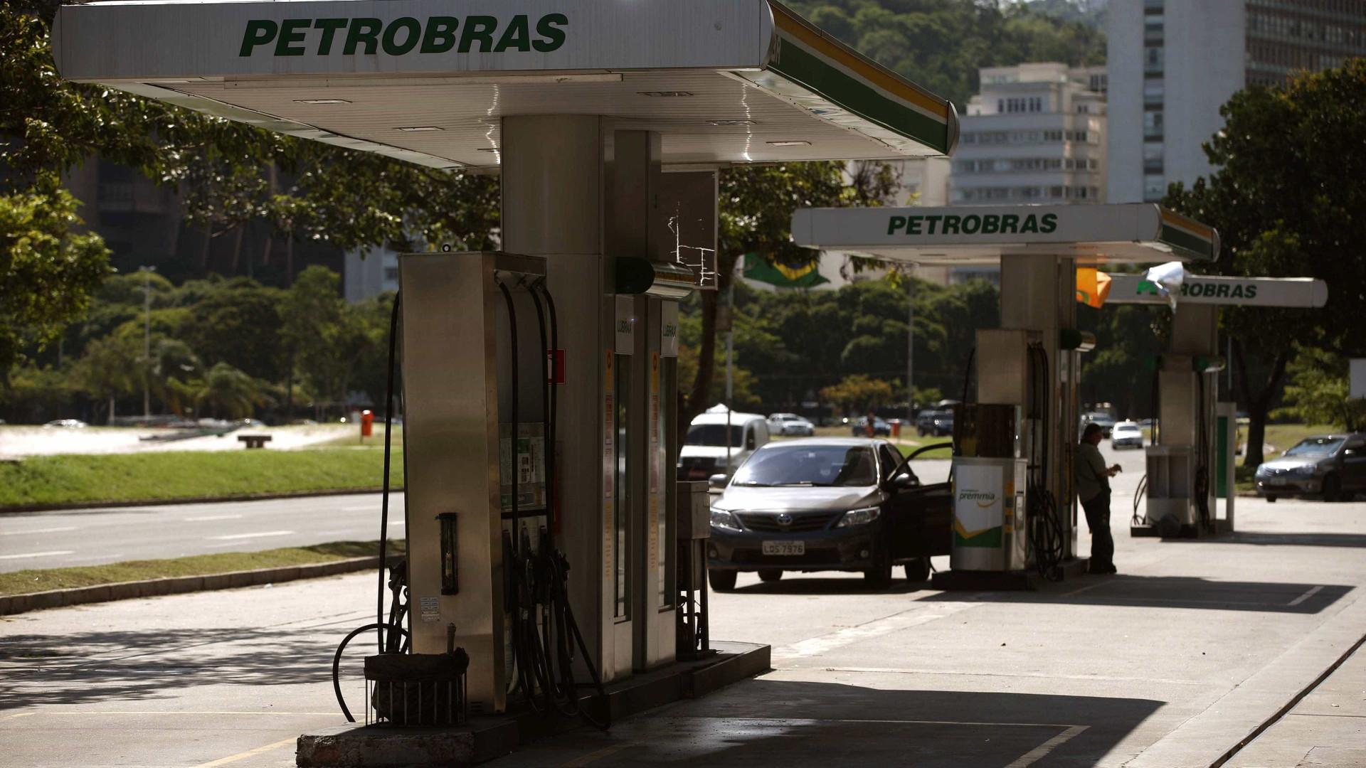 Petrobras registra lucro de R$ 316 mi; queda de 14,6%