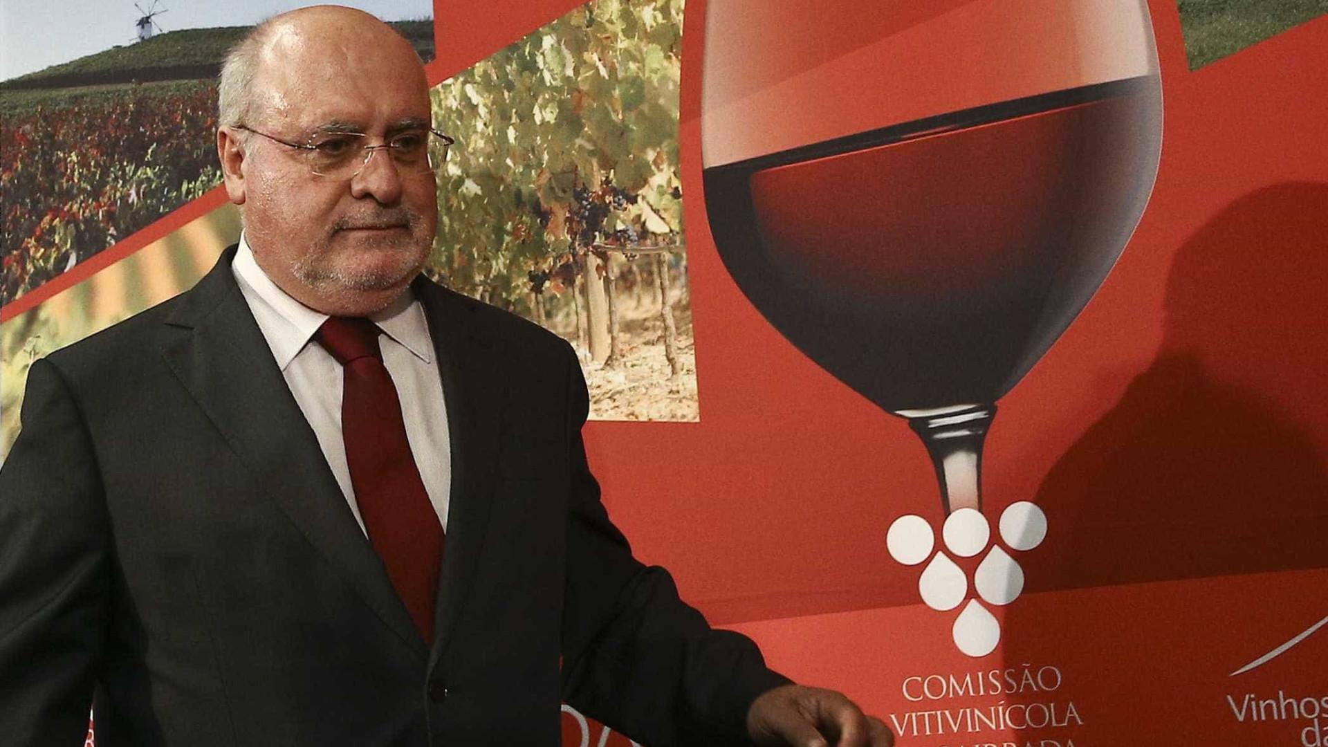Capoulas Santos defende investimentos na vitivinicultura