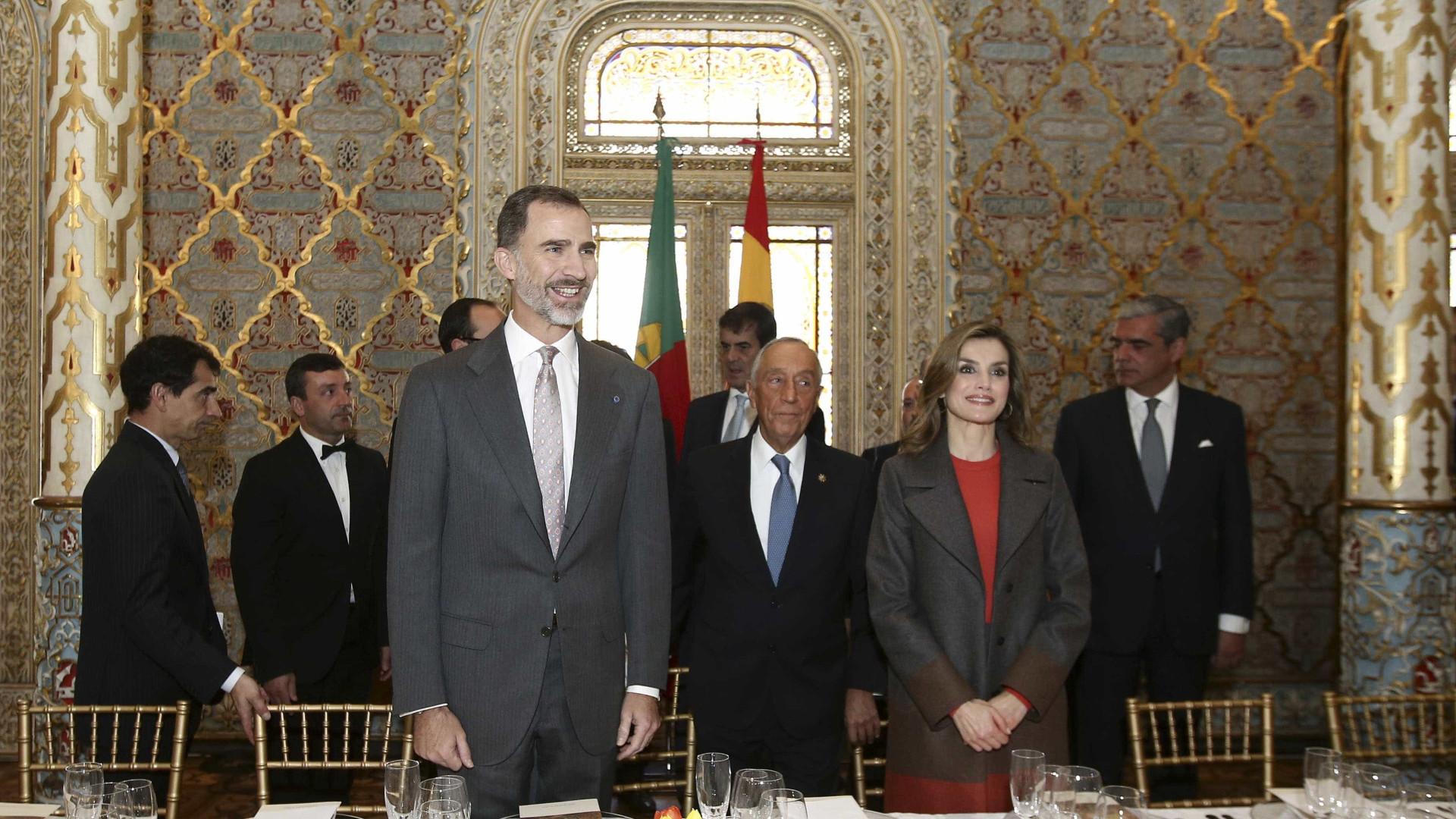 Rei de Espanha destaca oportunidades de colaboração empresarial