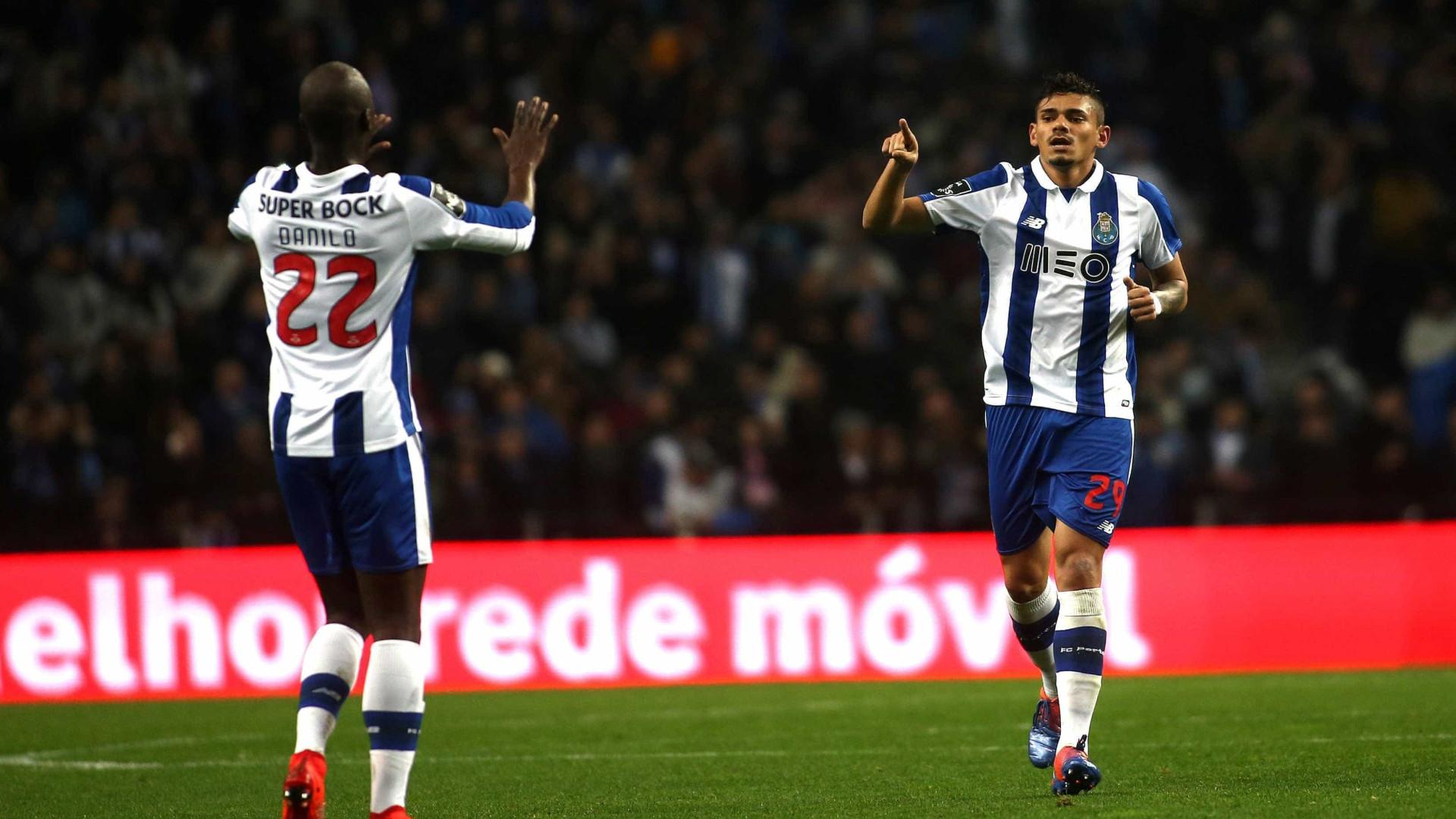 FC Porto tenta subir provisoriamente à liderança da I Liga