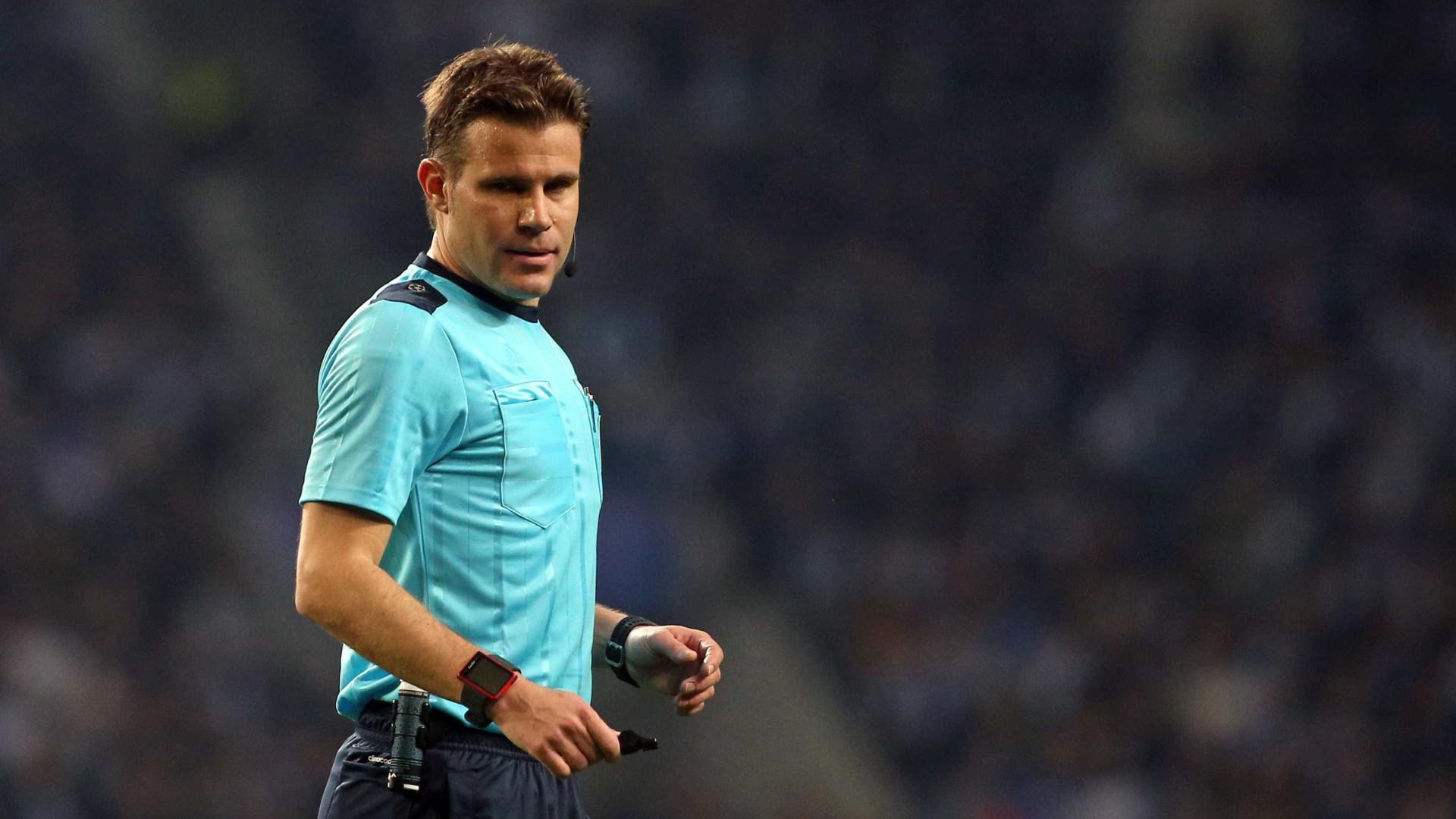Alemão Felix Brych  arbitra jogo entre Sporting e Steaua Bucareste