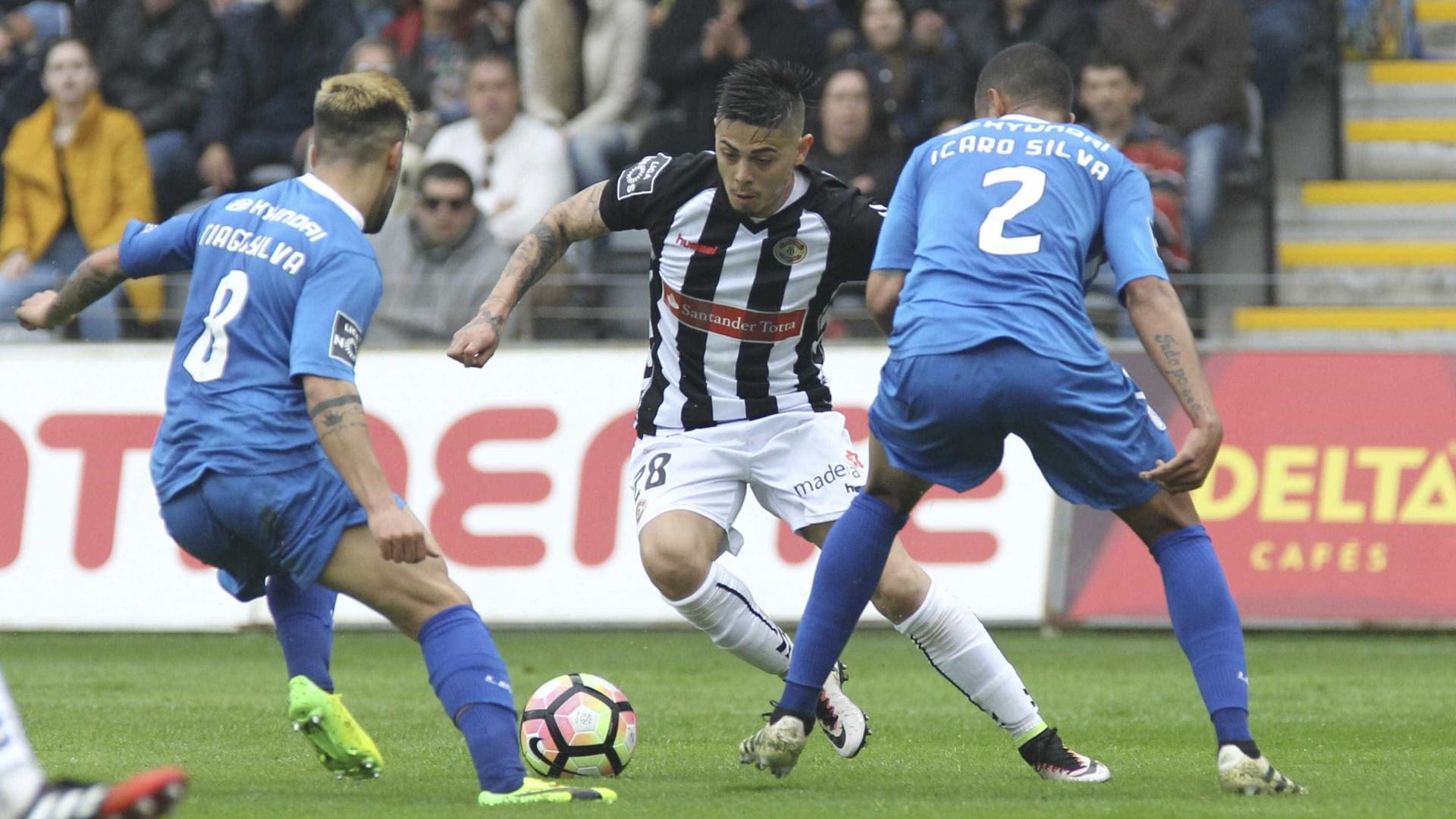 Nacional e Feirense empatam sem golos na I Liga 39435bf52c967