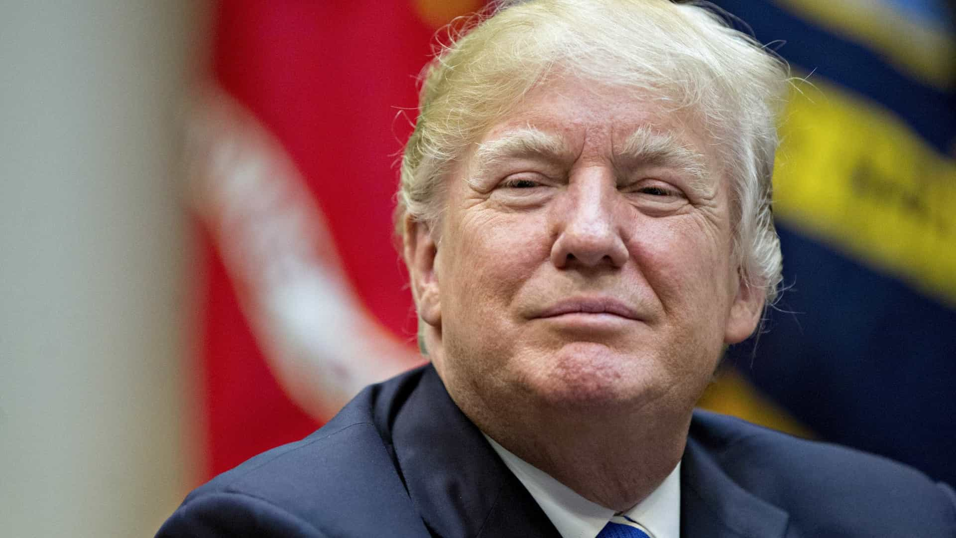 Donald Trump vai participar na Cimeira da ASEAN em novembro
