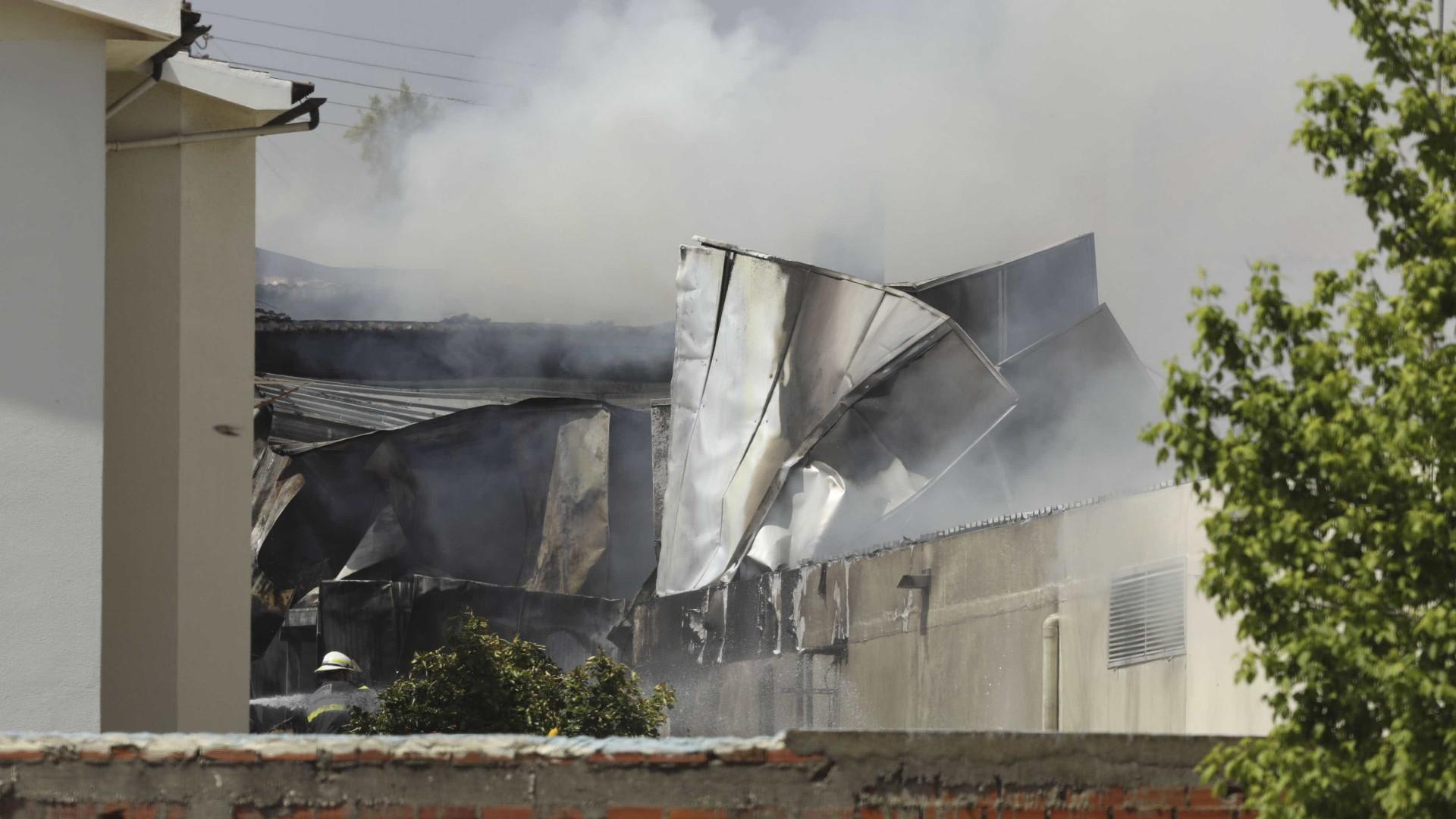 Tires: Suíça, França, EUA e Canadá participam na investigação do acidente