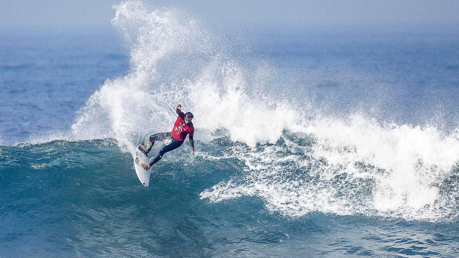 Frederico Morais eliminado na etapa francesa de surf