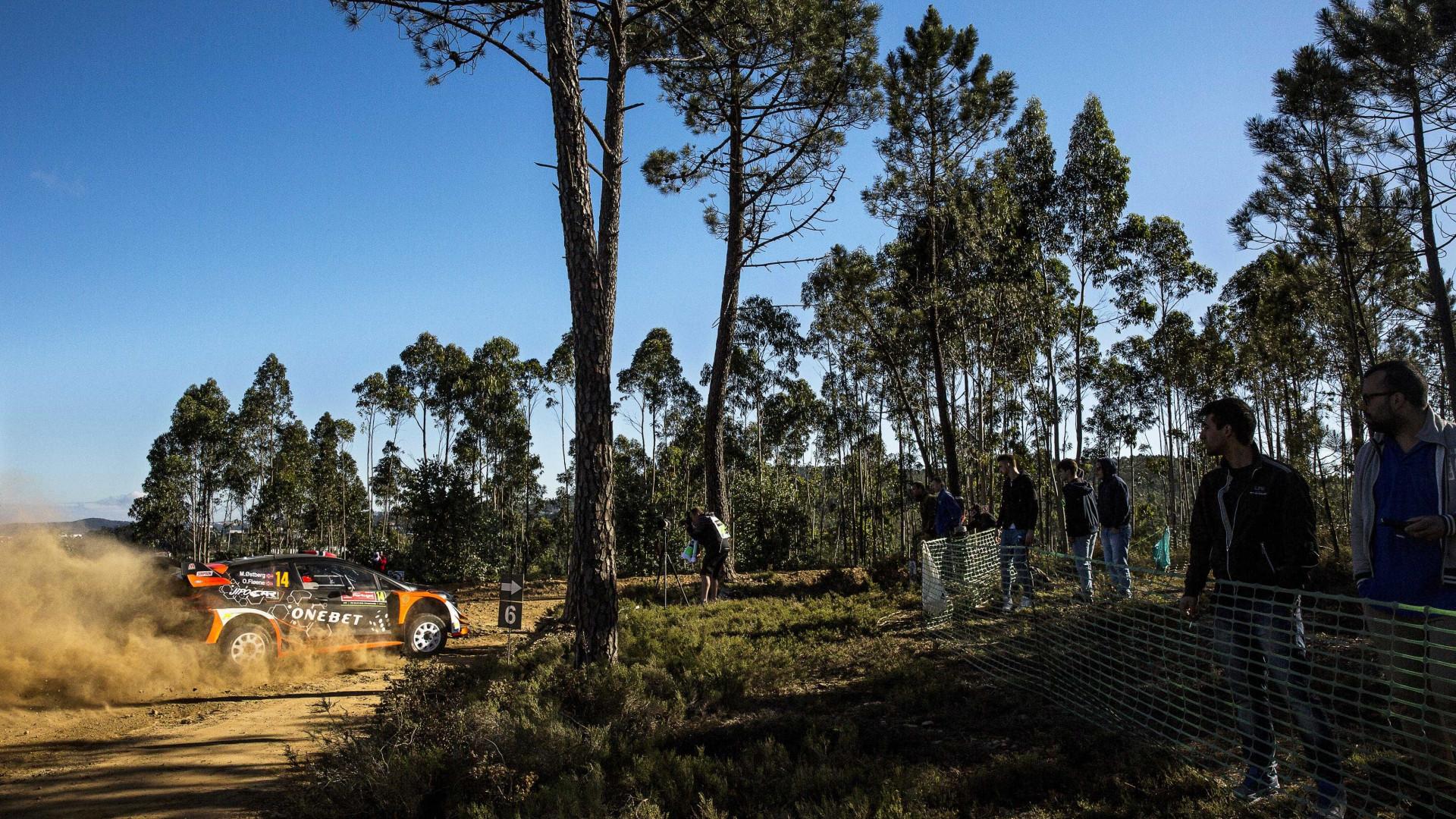 Rali de Portugal: Ostberg e Neuville com o melhor tempo na superespecial