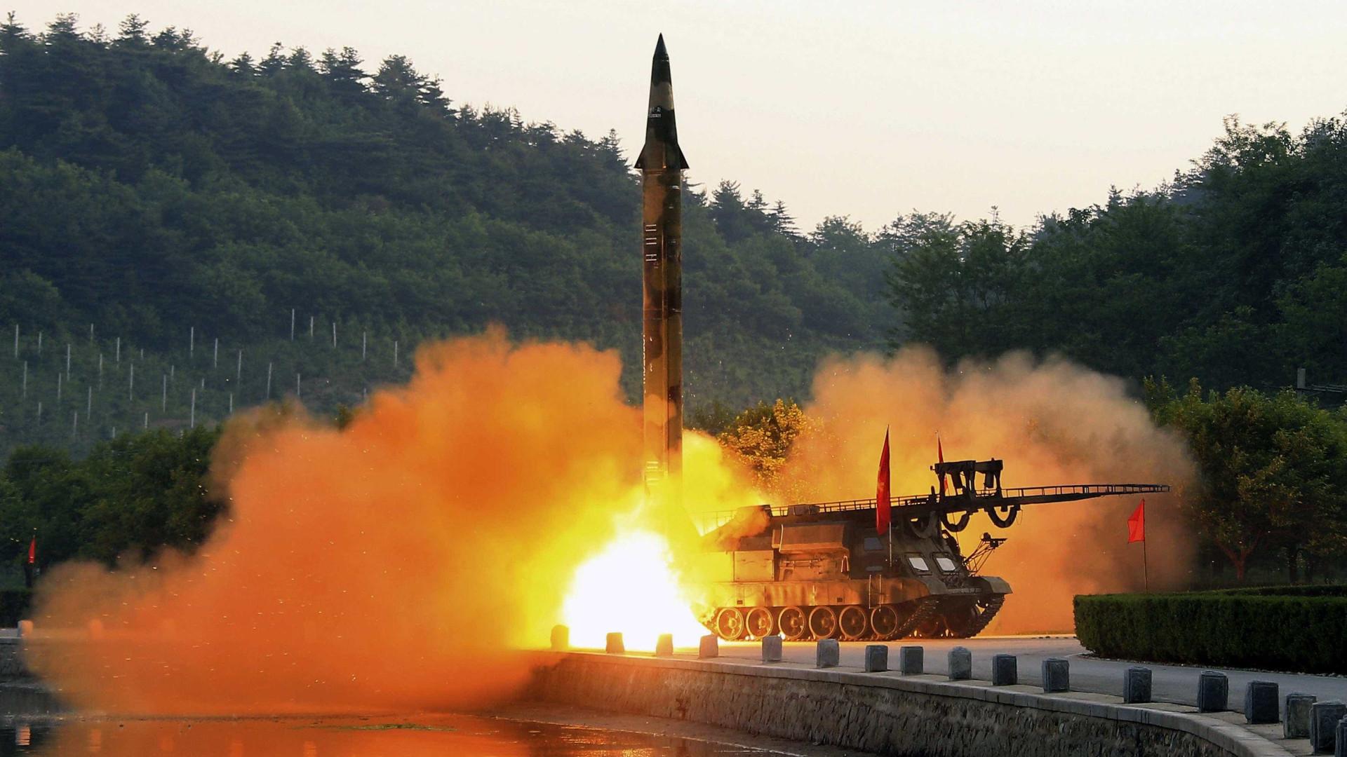 EUA aplica sanções a empresas russas por Coreia do Norte