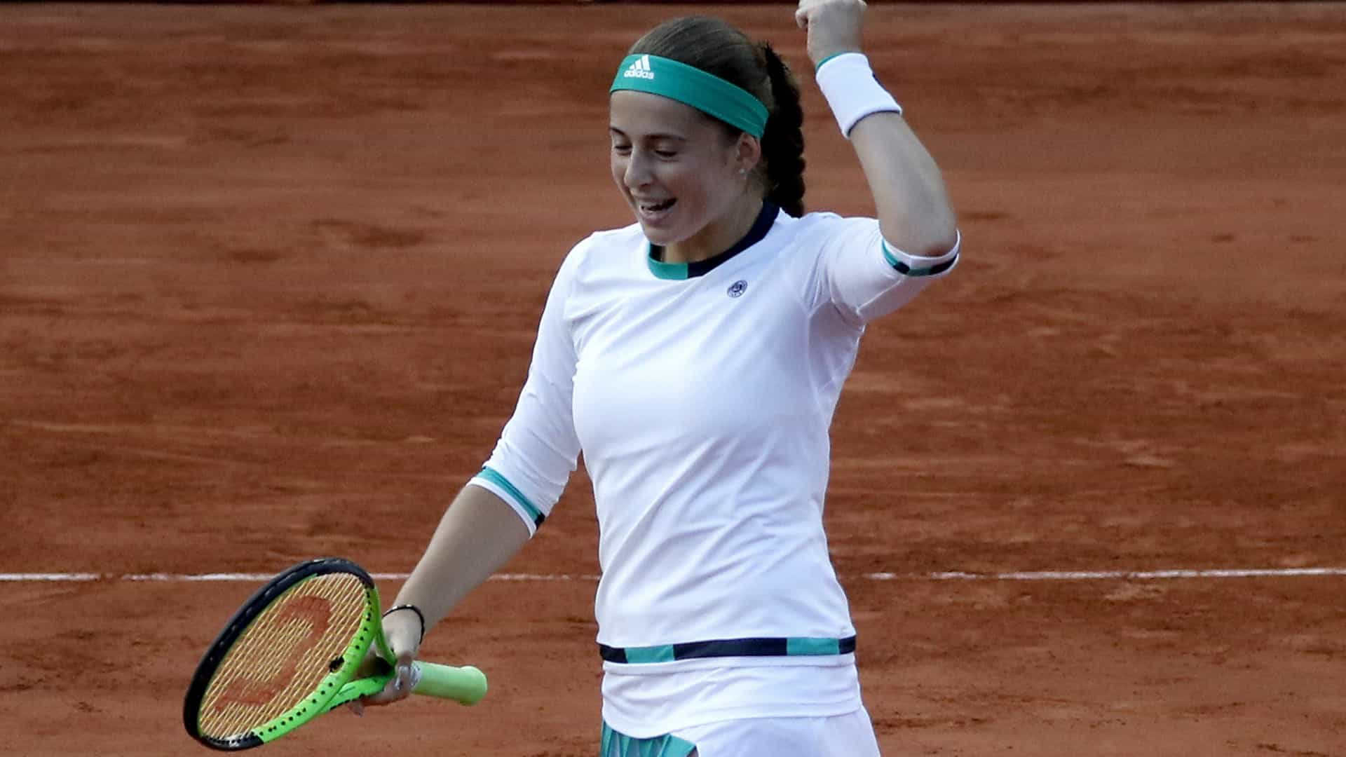 Roland Garros: Jelena Ostapenko apura-se para a final feminina