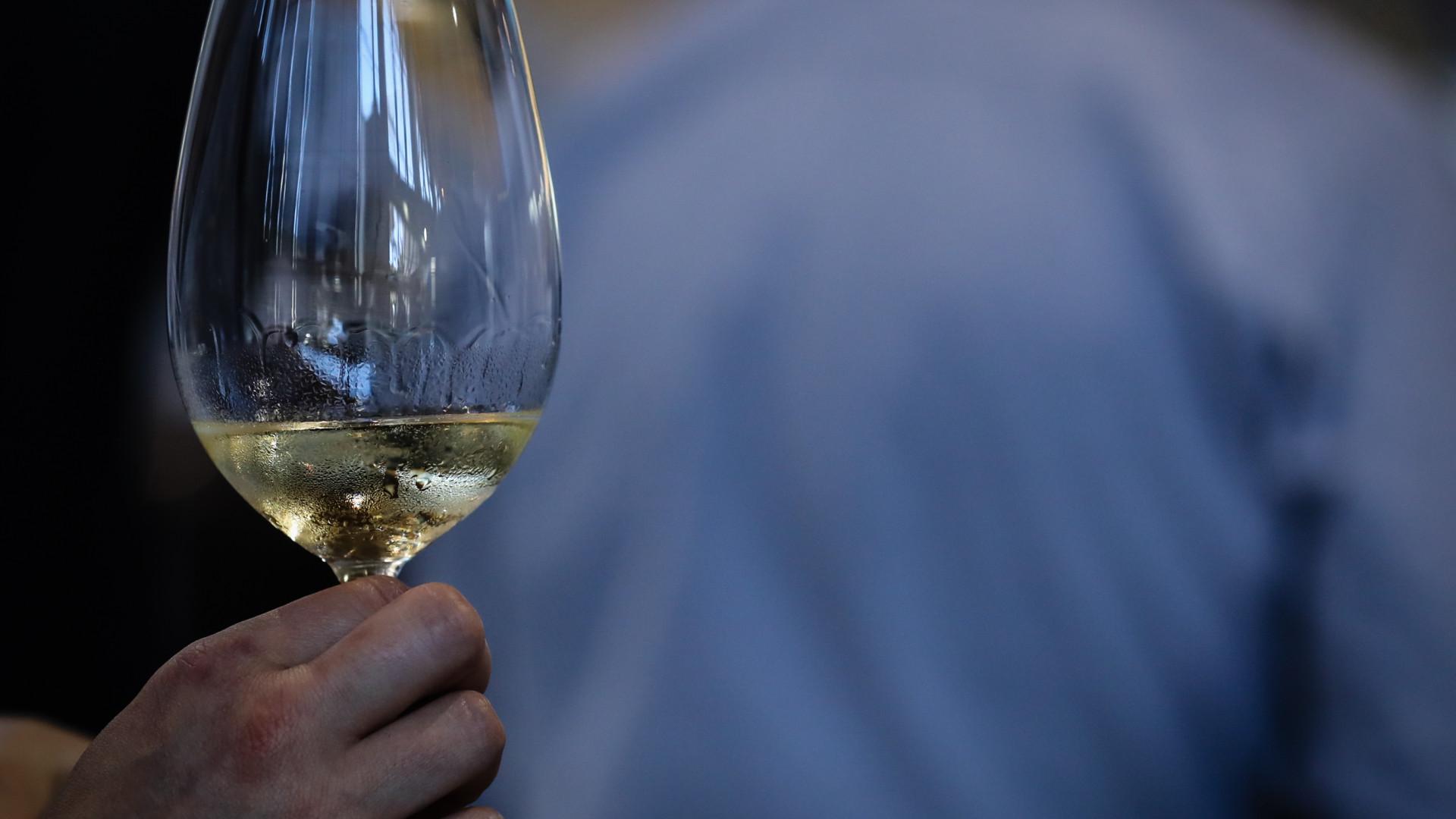 Fraude e contrafação de vinhos aumentam principalmente na China