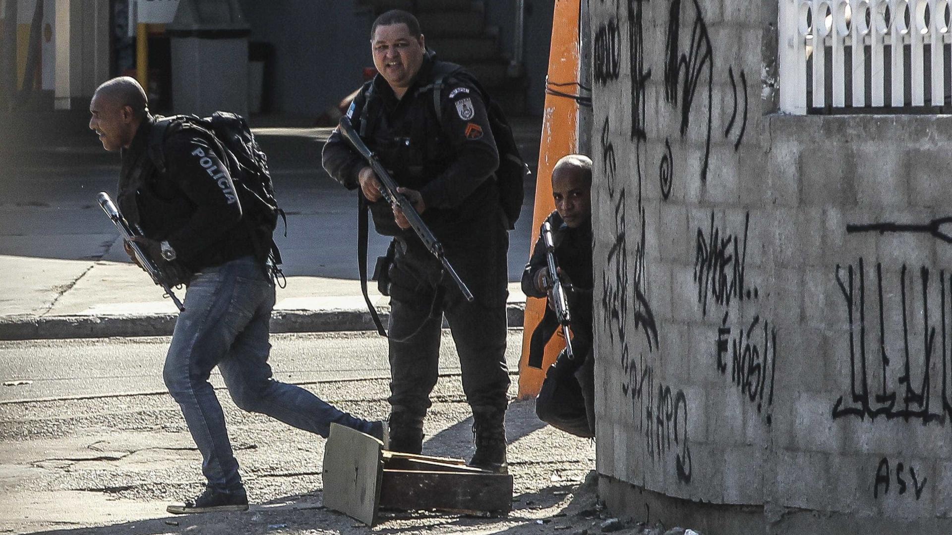 Forças Armadas e polícia ocupam quatro favelas do Rio de Janeiro