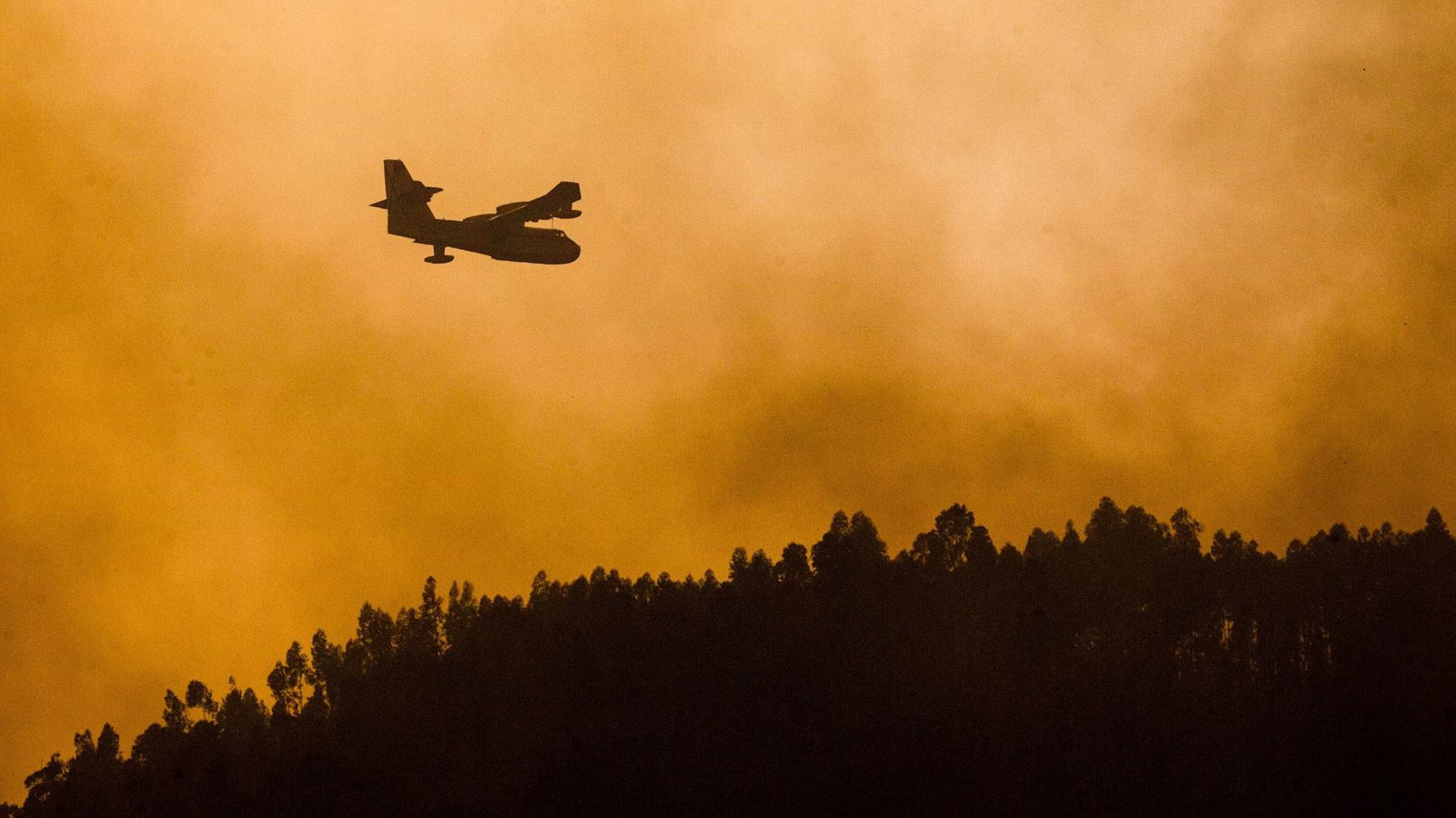 Combate ao fogo já com 870 operacionais, 268 veículos e dez meios aéreos