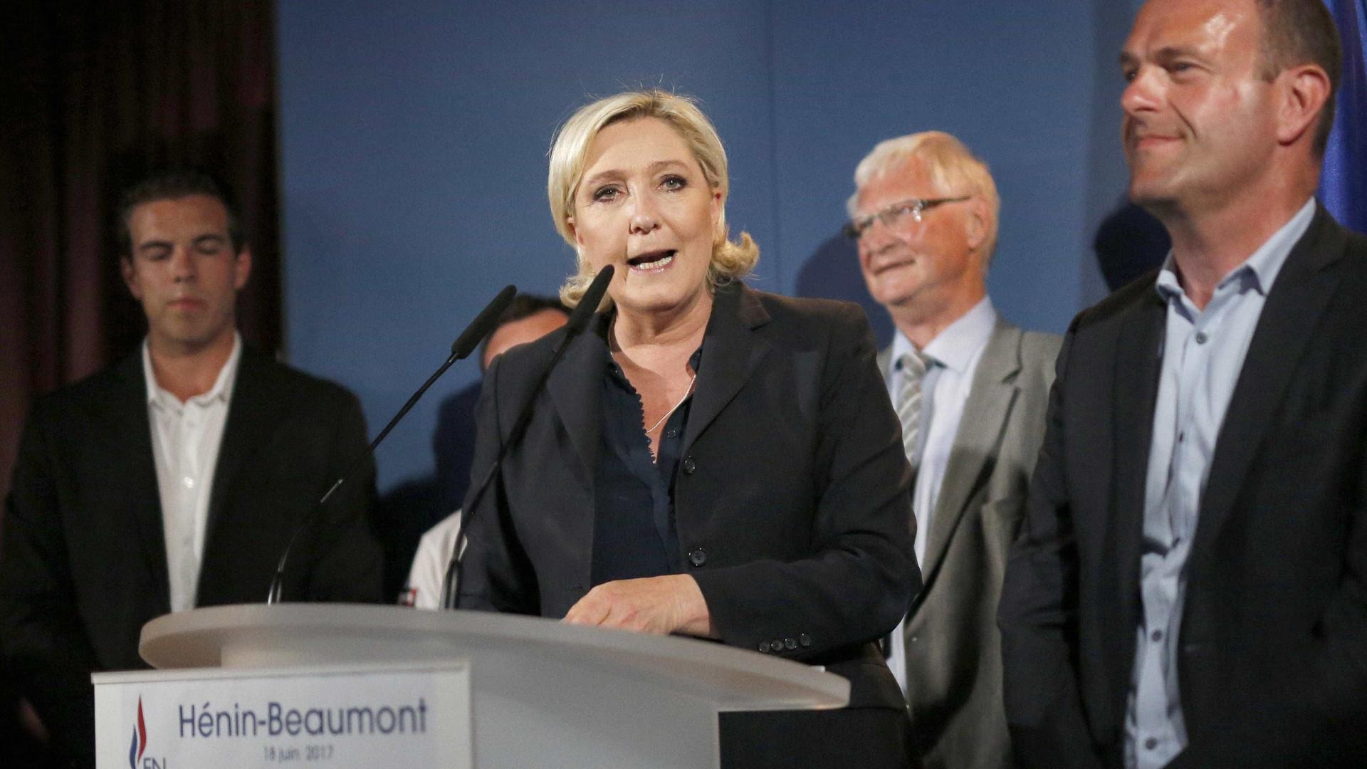 """Frente Nacional é """"única força de resistência"""" no parlamento francês"""