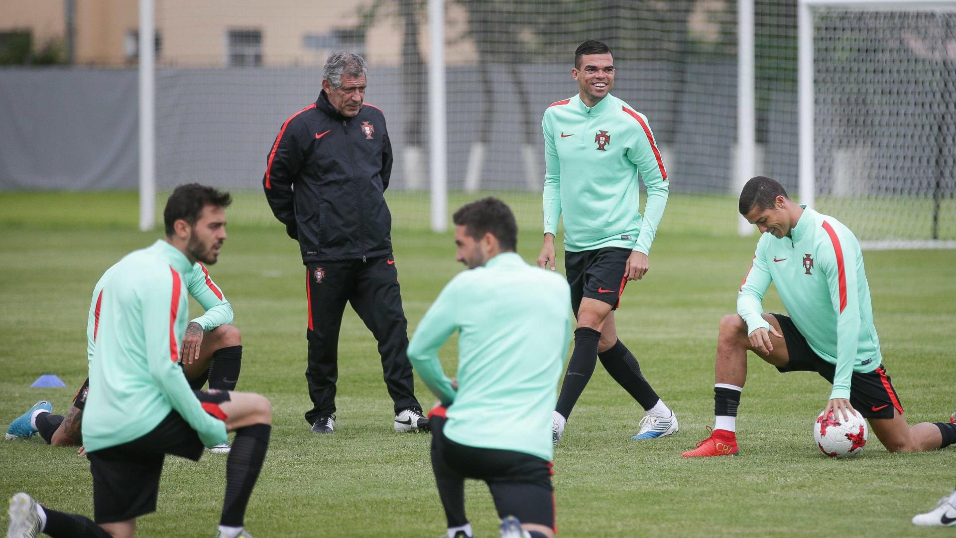 Guerreiro e Bernardo ausentes do treino de Portugal — Portugal -Chile