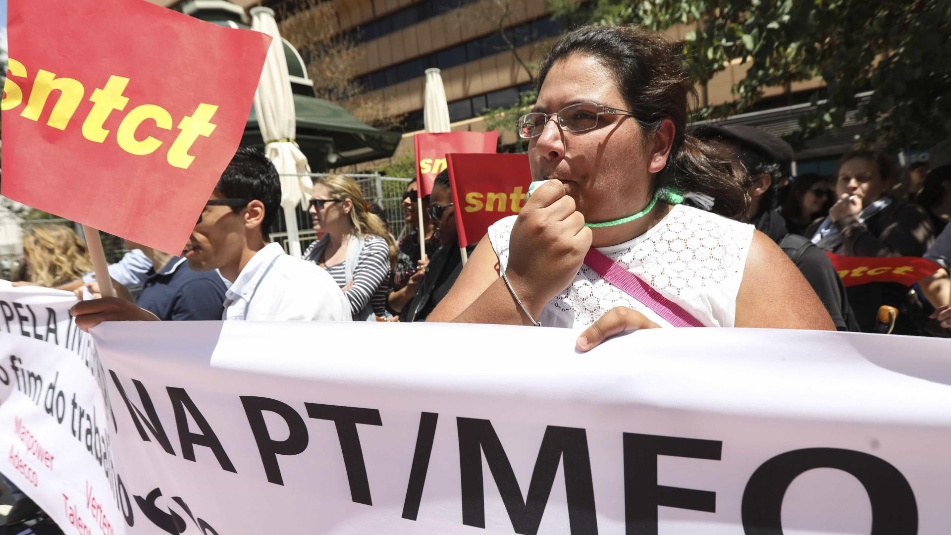 Trabalhadores e sindicatos da PT concentrados no Porto